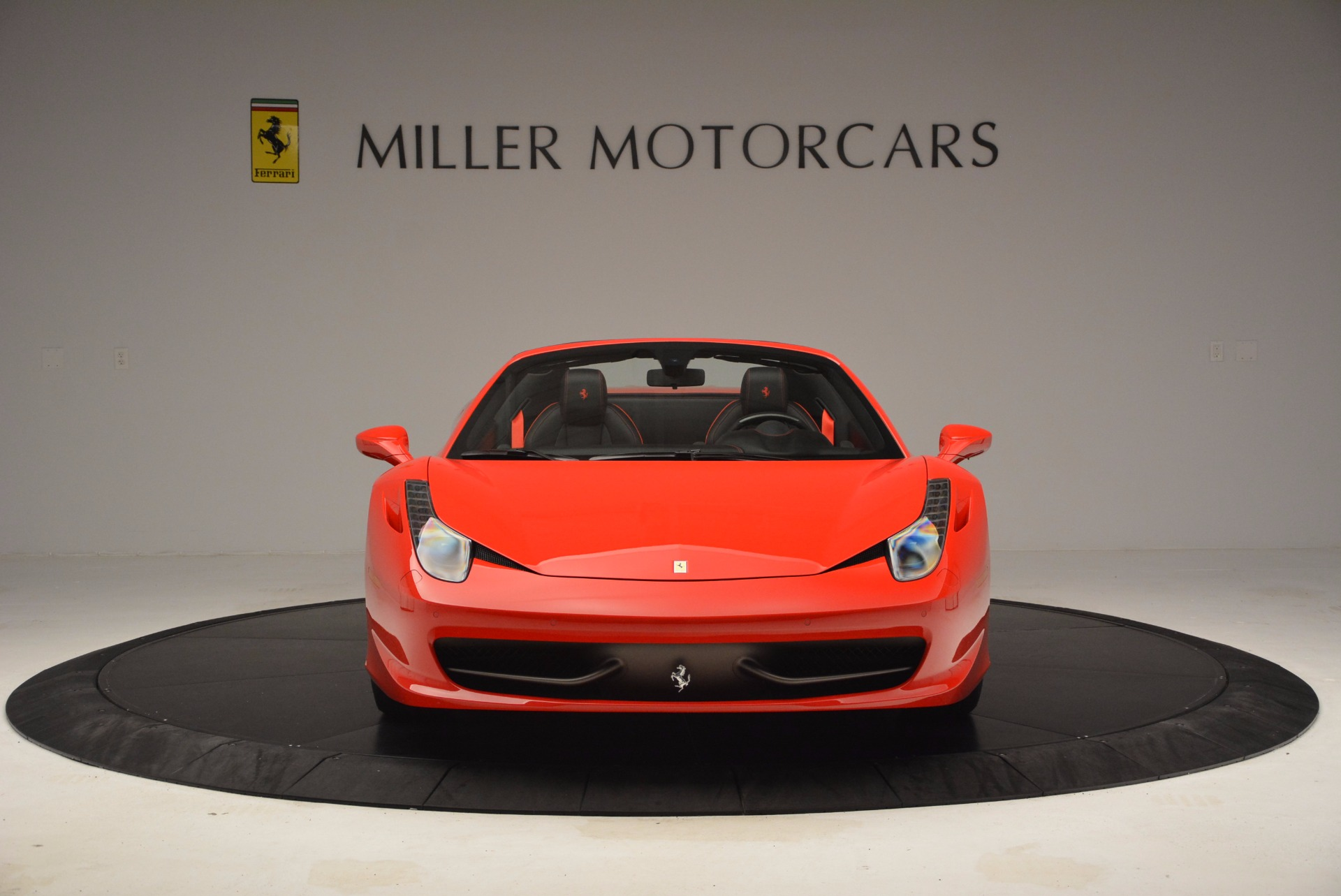 Used 2014 Ferrari 458 Spider  For Sale In Westport, CT 1430_p12