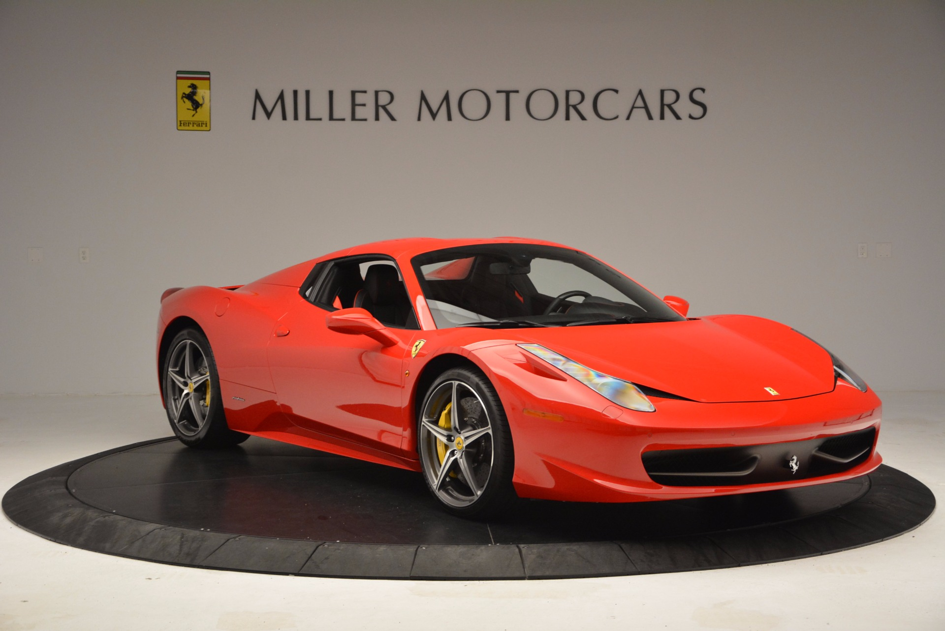 Used 2014 Ferrari 458 Spider  For Sale In Westport, CT 1430_p23