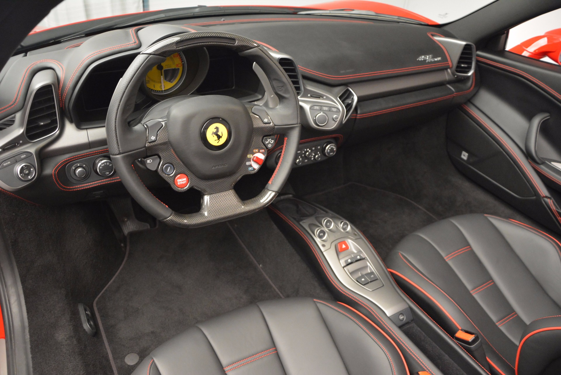 Used 2014 Ferrari 458 Spider  For Sale In Westport, CT 1430_p25