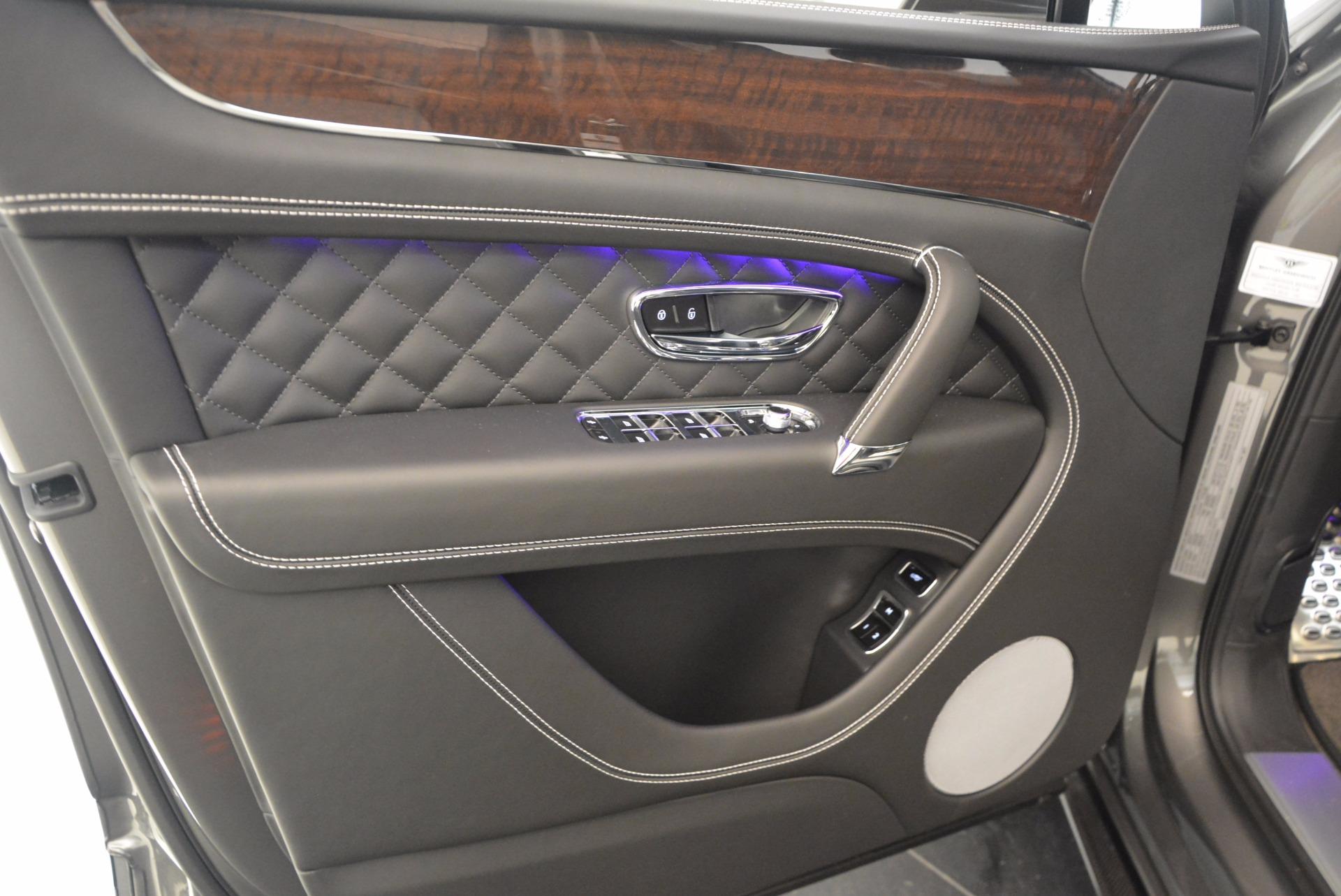 New 2018 Bentley Bentayga Black Edition For Sale In Westport, CT 1431_p22