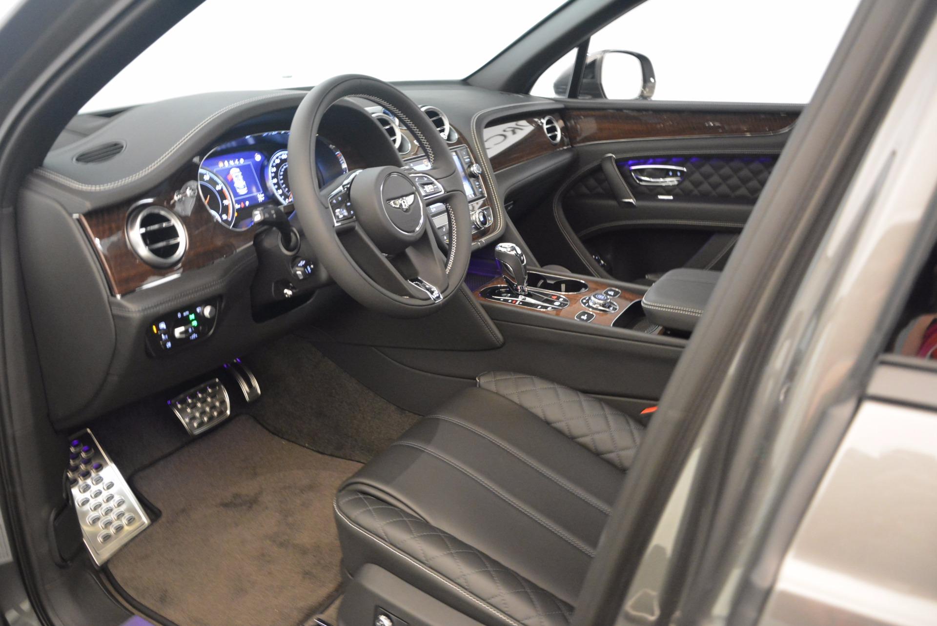 New 2018 Bentley Bentayga Black Edition For Sale In Westport, CT 1431_p24