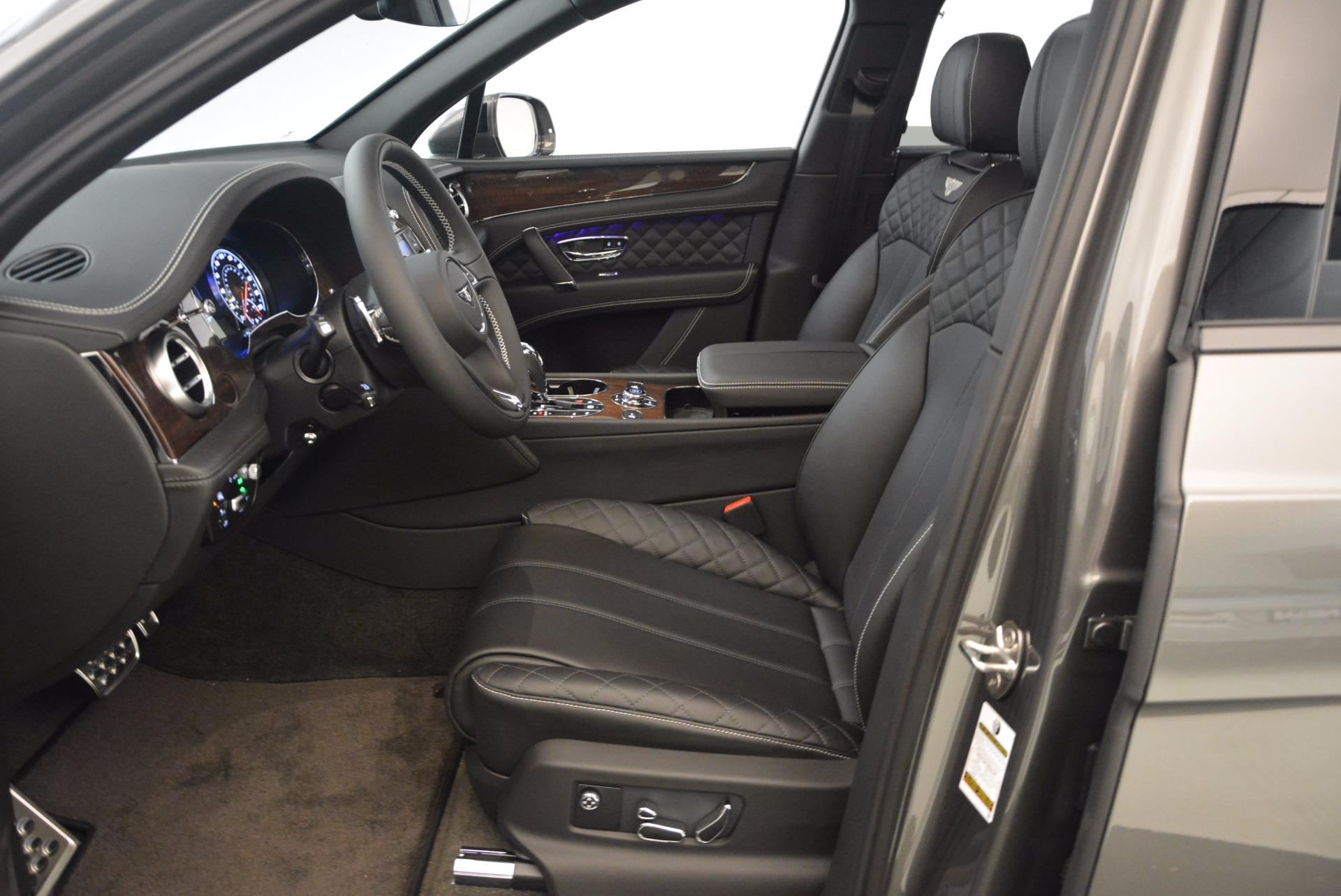 New 2018 Bentley Bentayga Black Edition For Sale In Westport, CT 1431_p25
