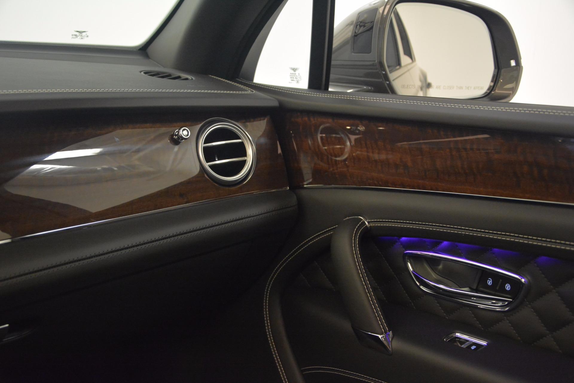 New 2018 Bentley Bentayga Black Edition For Sale In Westport, CT 1431_p34