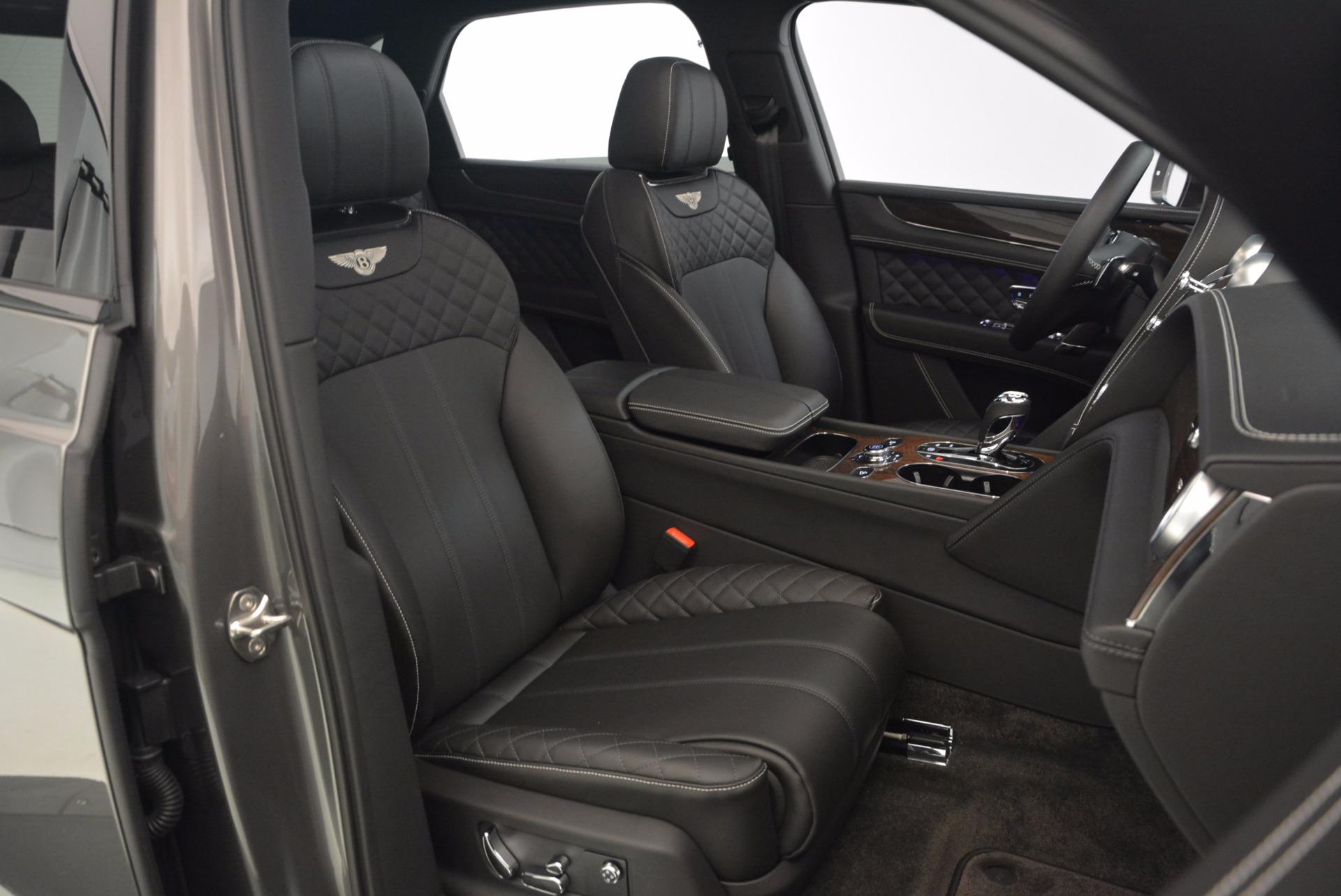 New 2018 Bentley Bentayga Black Edition For Sale In Westport, CT 1431_p36