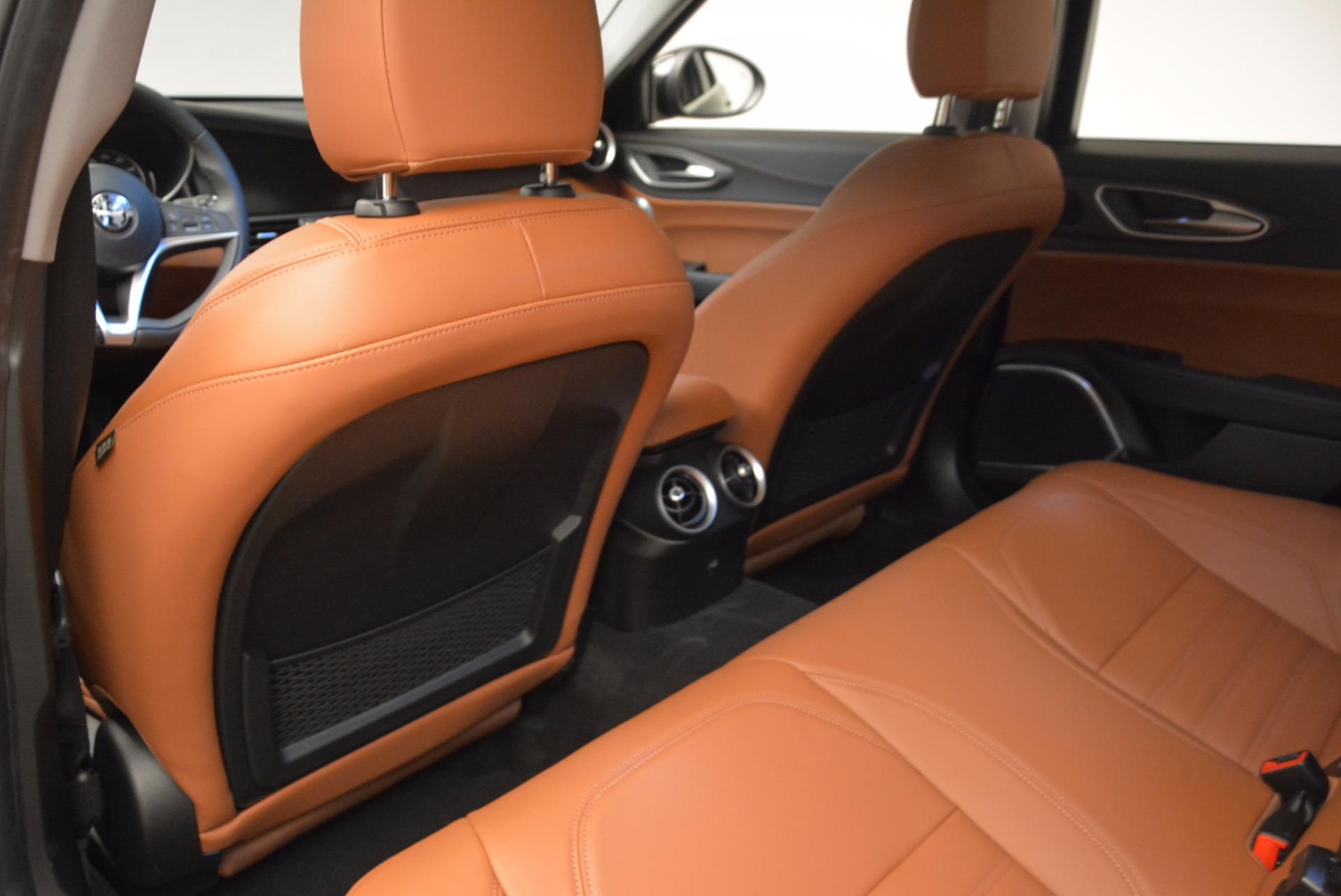 New 2017 Alfa Romeo Giulia Ti Lusso Q4 For Sale In Westport, CT 1434_p16