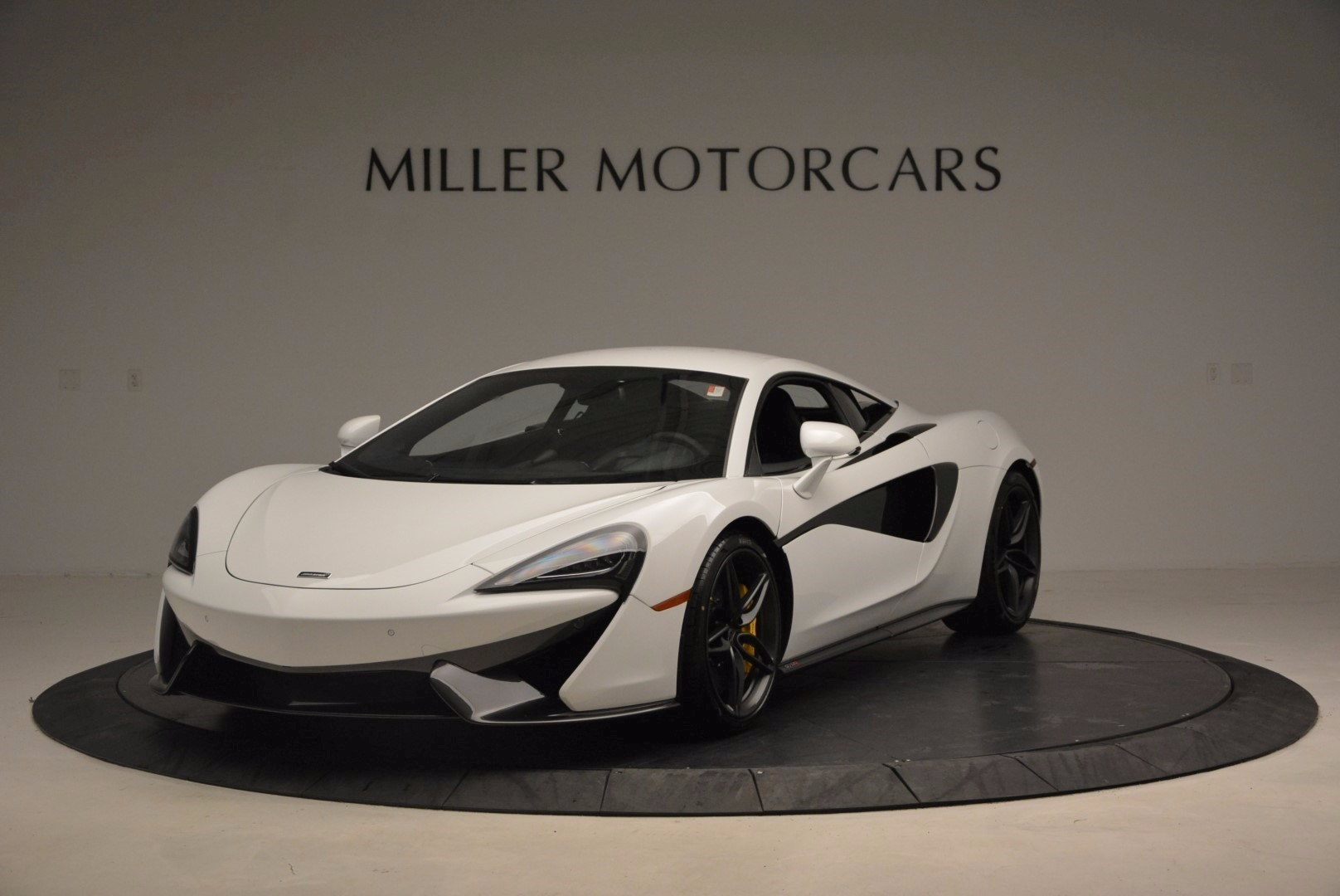 New 2017 McLaren 570S  For Sale In Westport, CT 1452_main