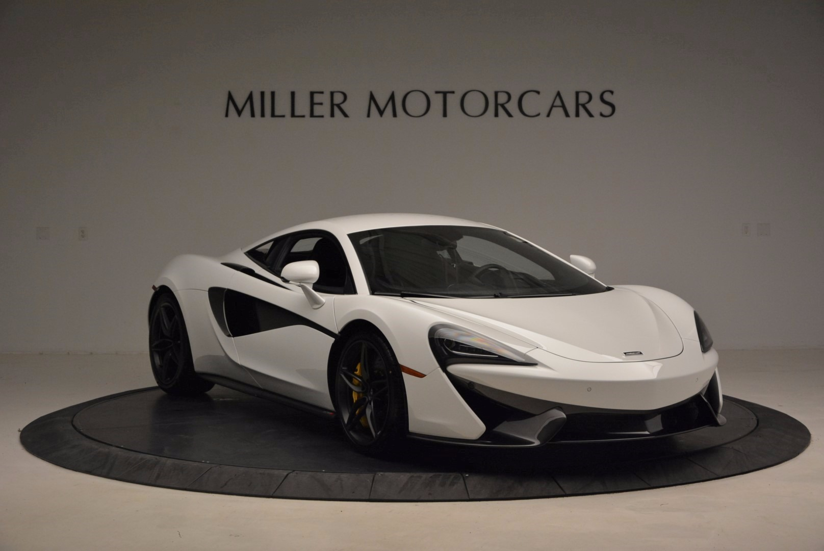 New 2017 McLaren 570S  For Sale In Westport, CT 1452_p11