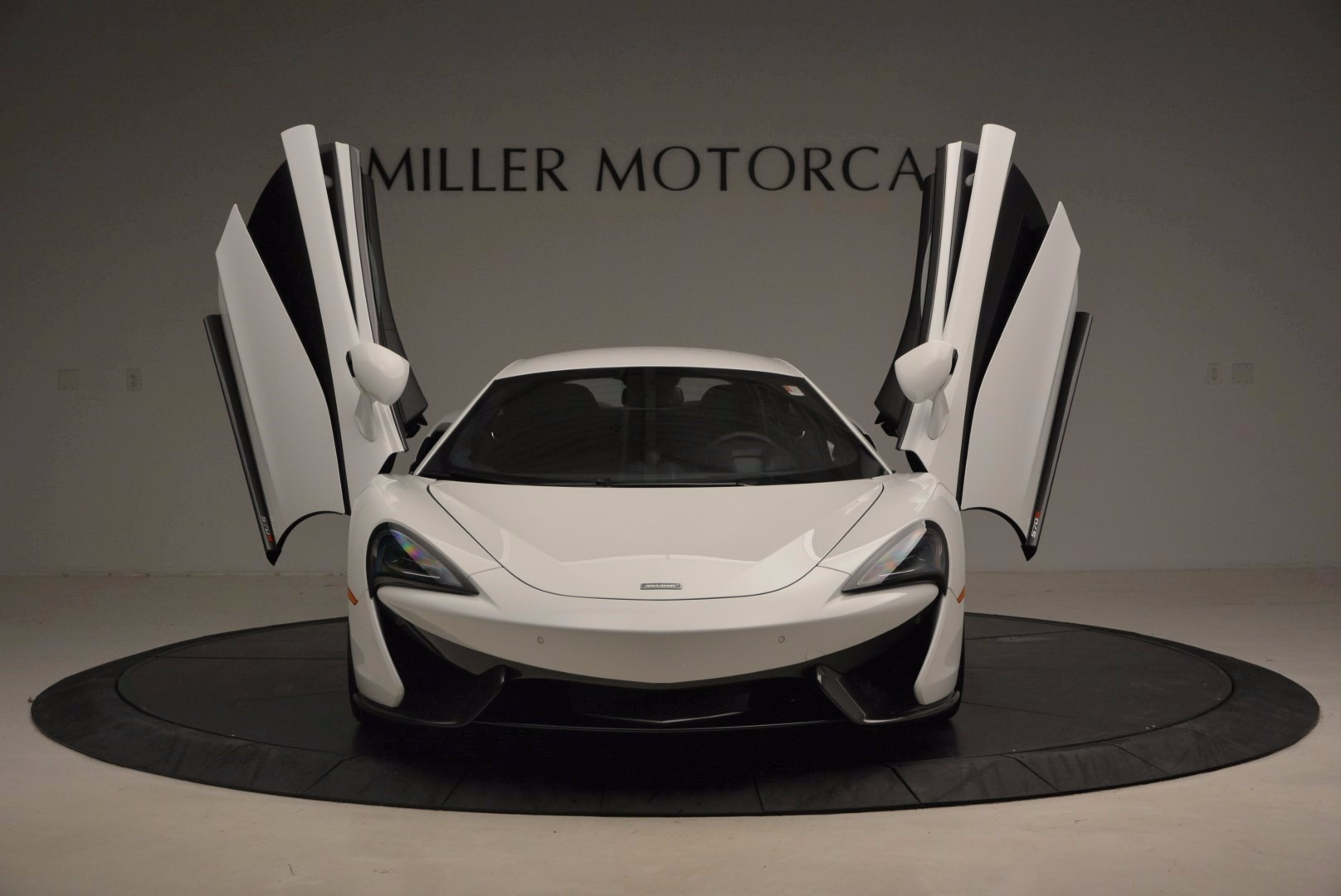 New 2017 McLaren 570S  For Sale In Westport, CT 1452_p13