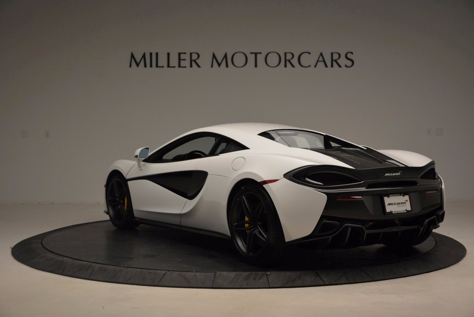 New 2017 McLaren 570S  For Sale In Westport, CT 1452_p5
