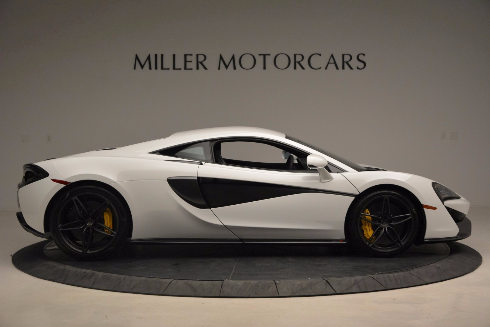 New 2017 McLaren 570S  For Sale In Westport, CT 1452_p9
