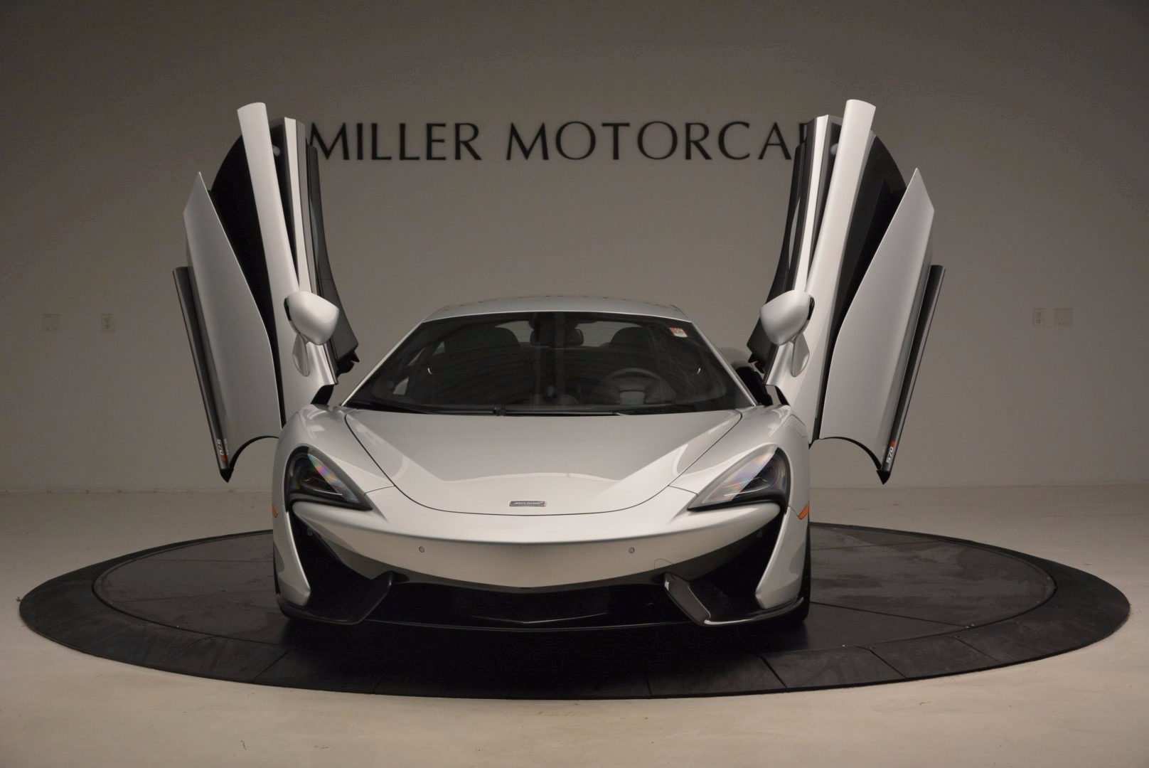 Used 2017 McLaren 570S  For Sale In Westport, CT 1453_p13