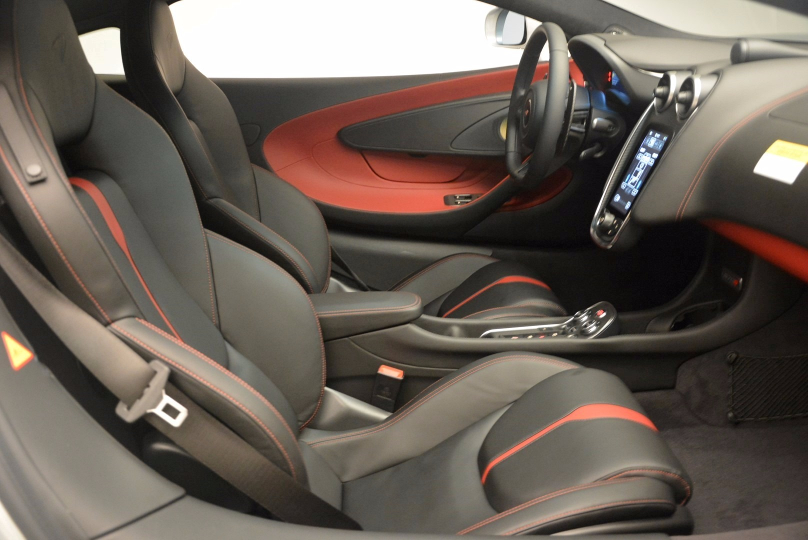 Used 2017 McLaren 570S  For Sale In Westport, CT 1453_p19