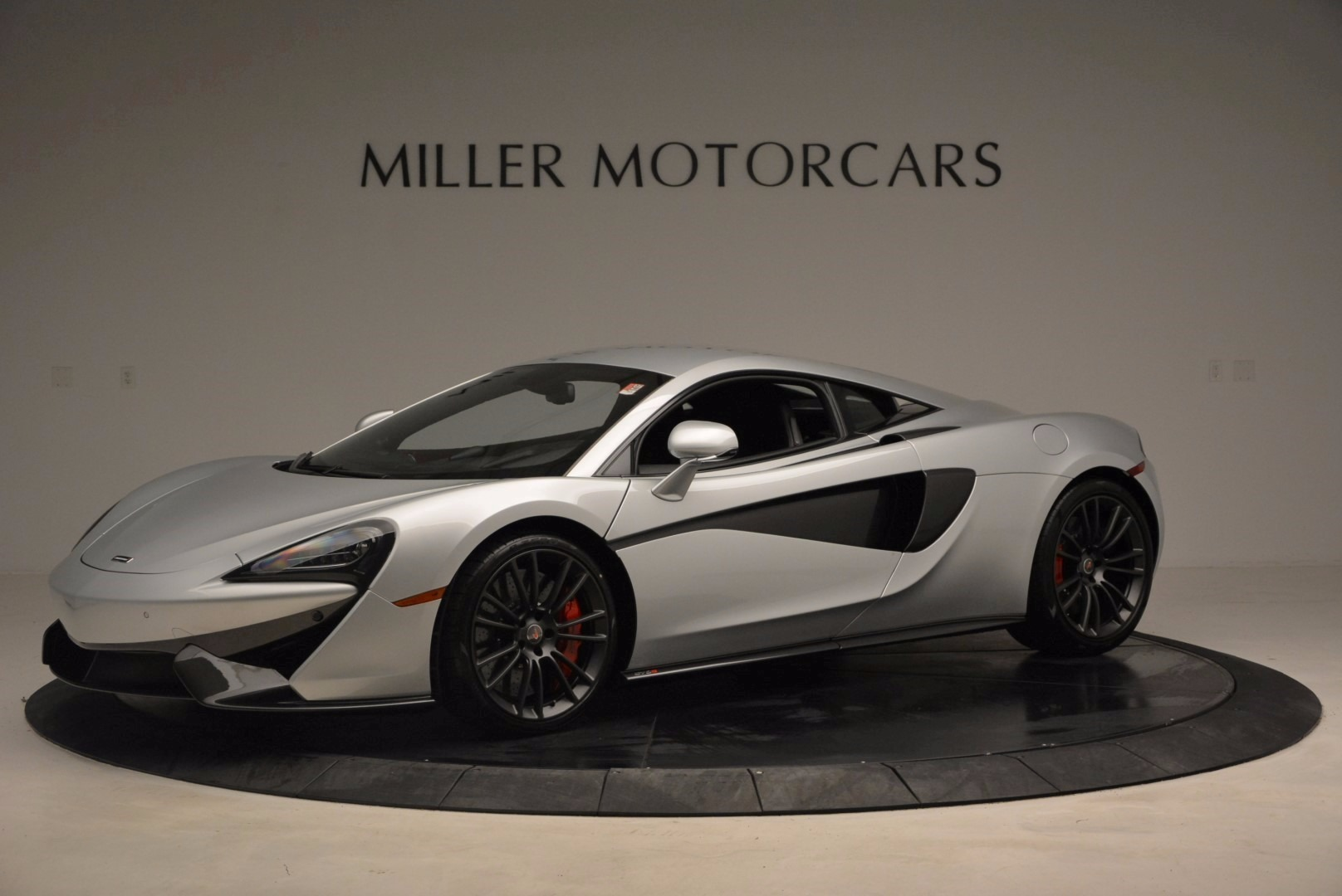 Used 2017 McLaren 570S  For Sale In Westport, CT 1453_p2