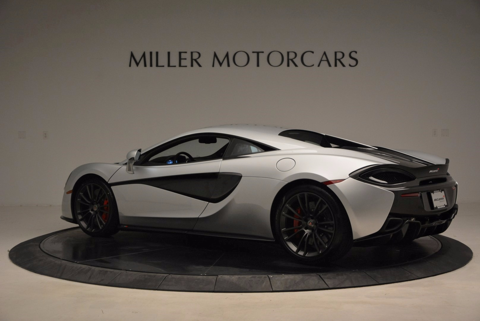 Used 2017 McLaren 570S  For Sale In Westport, CT 1453_p4