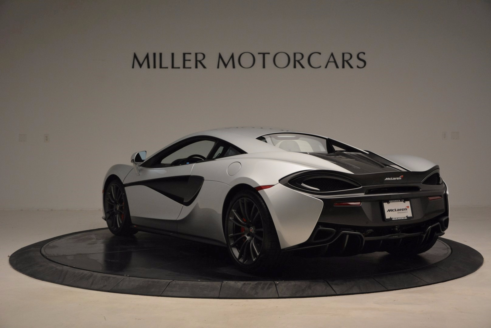 Used 2017 McLaren 570S  For Sale In Westport, CT 1453_p5