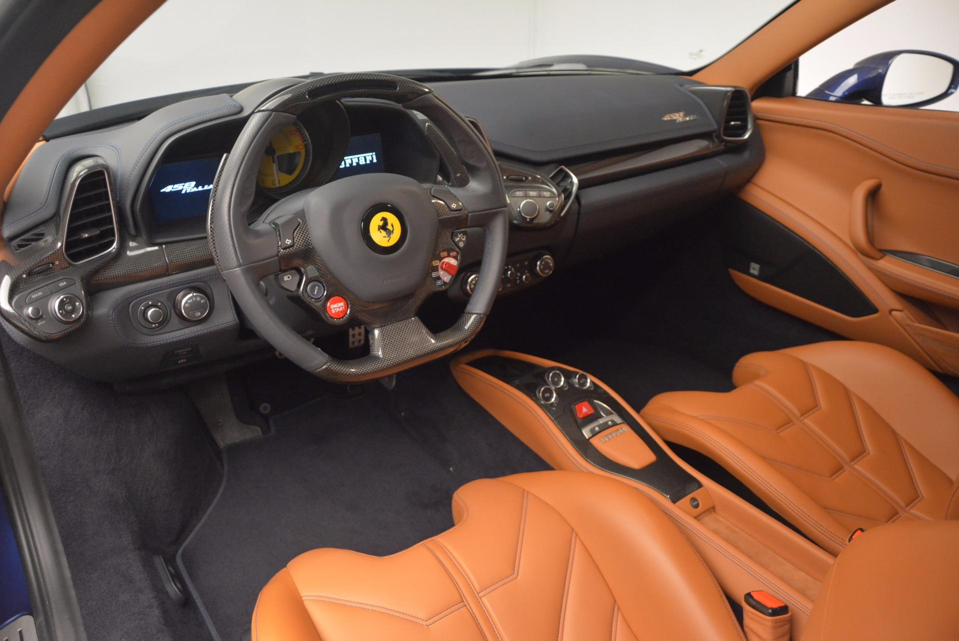 Used 2013 Ferrari 458 Italia  For Sale In Westport, CT 1465_p13