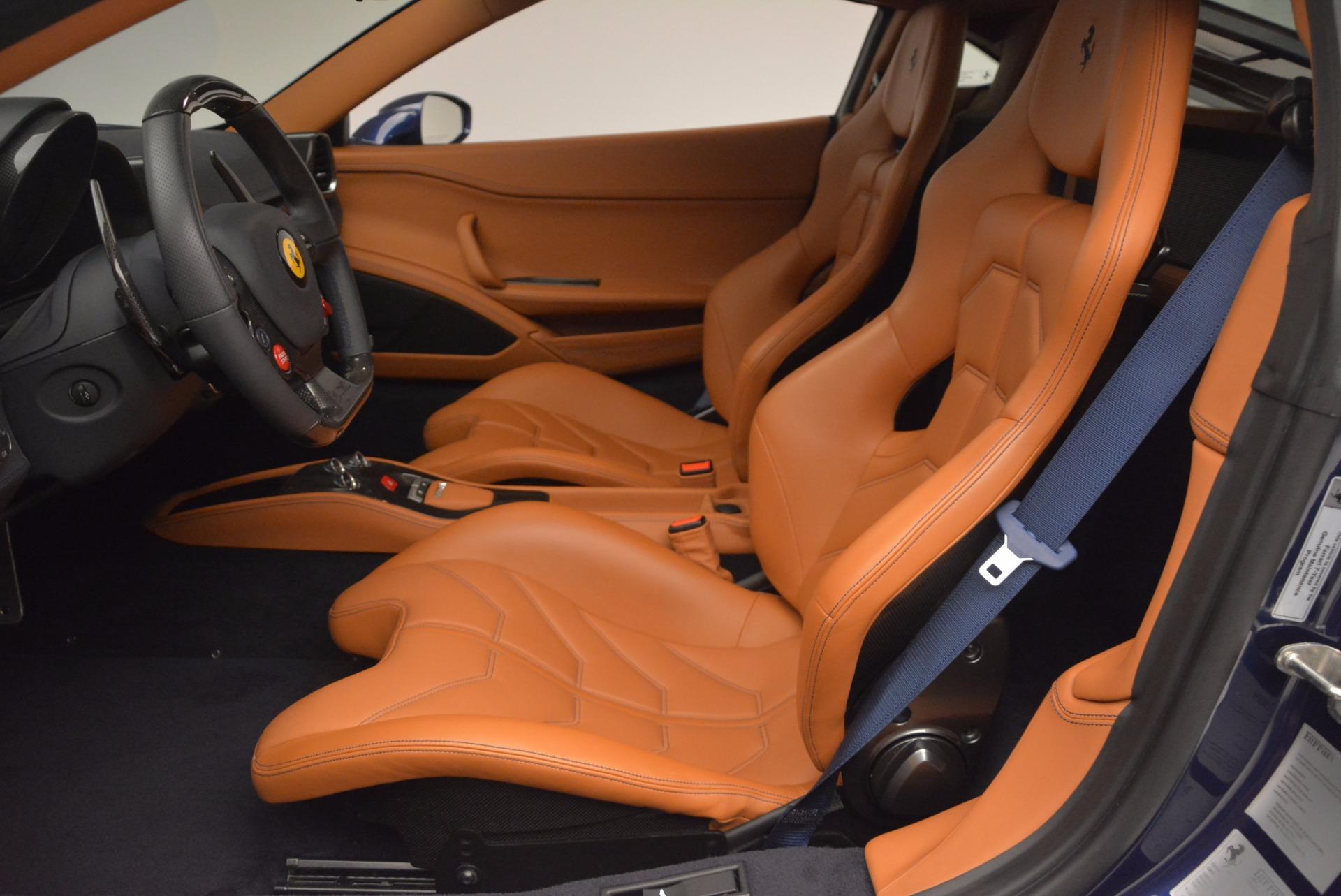 Used 2013 Ferrari 458 Italia  For Sale In Westport, CT 1465_p14