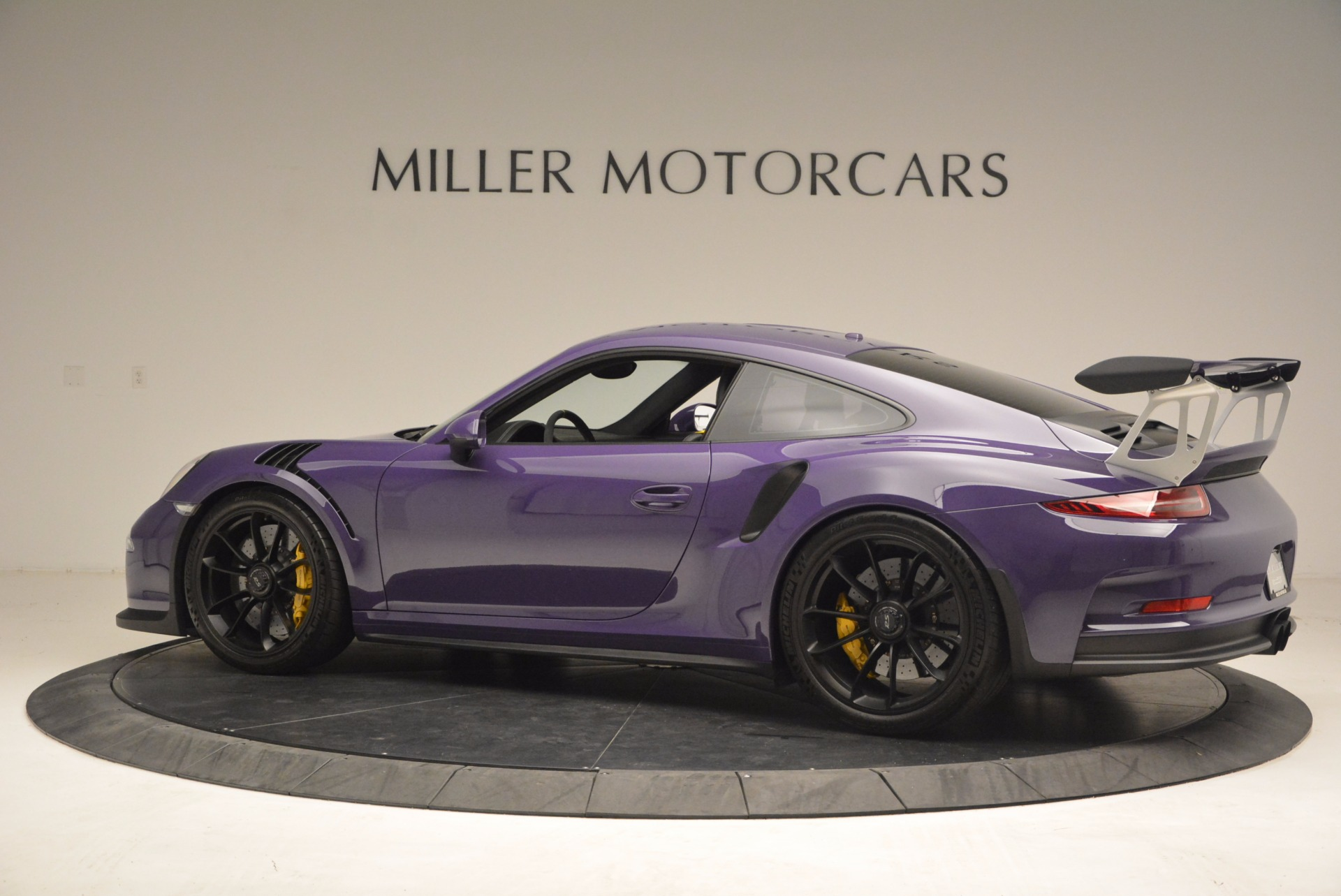 Used 2016 Porsche 911 GT3 RS For Sale In Westport, CT 1469_p4