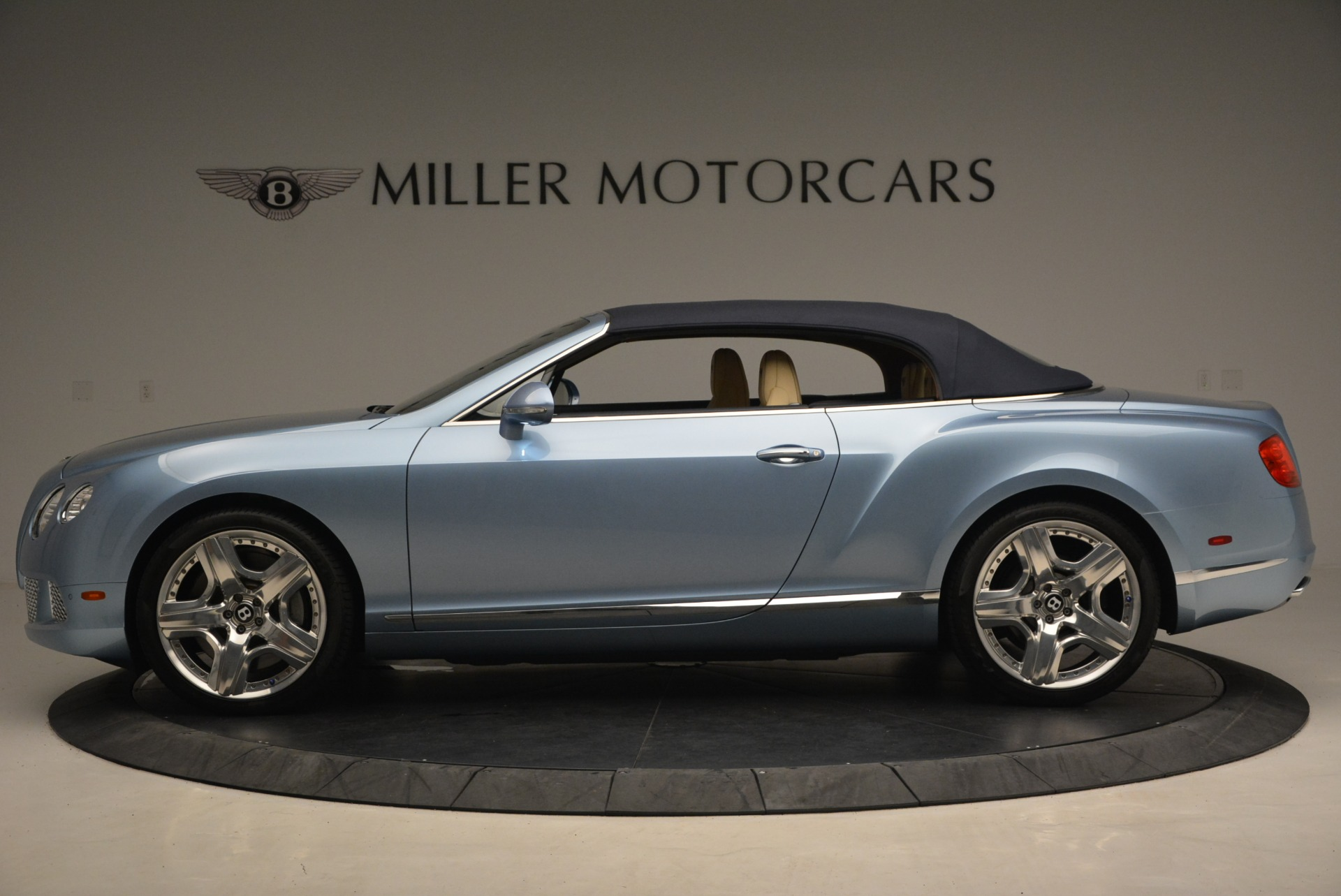 Used 2012 Bentley Continental GTC W12 For Sale In Westport, CT 1475_p15