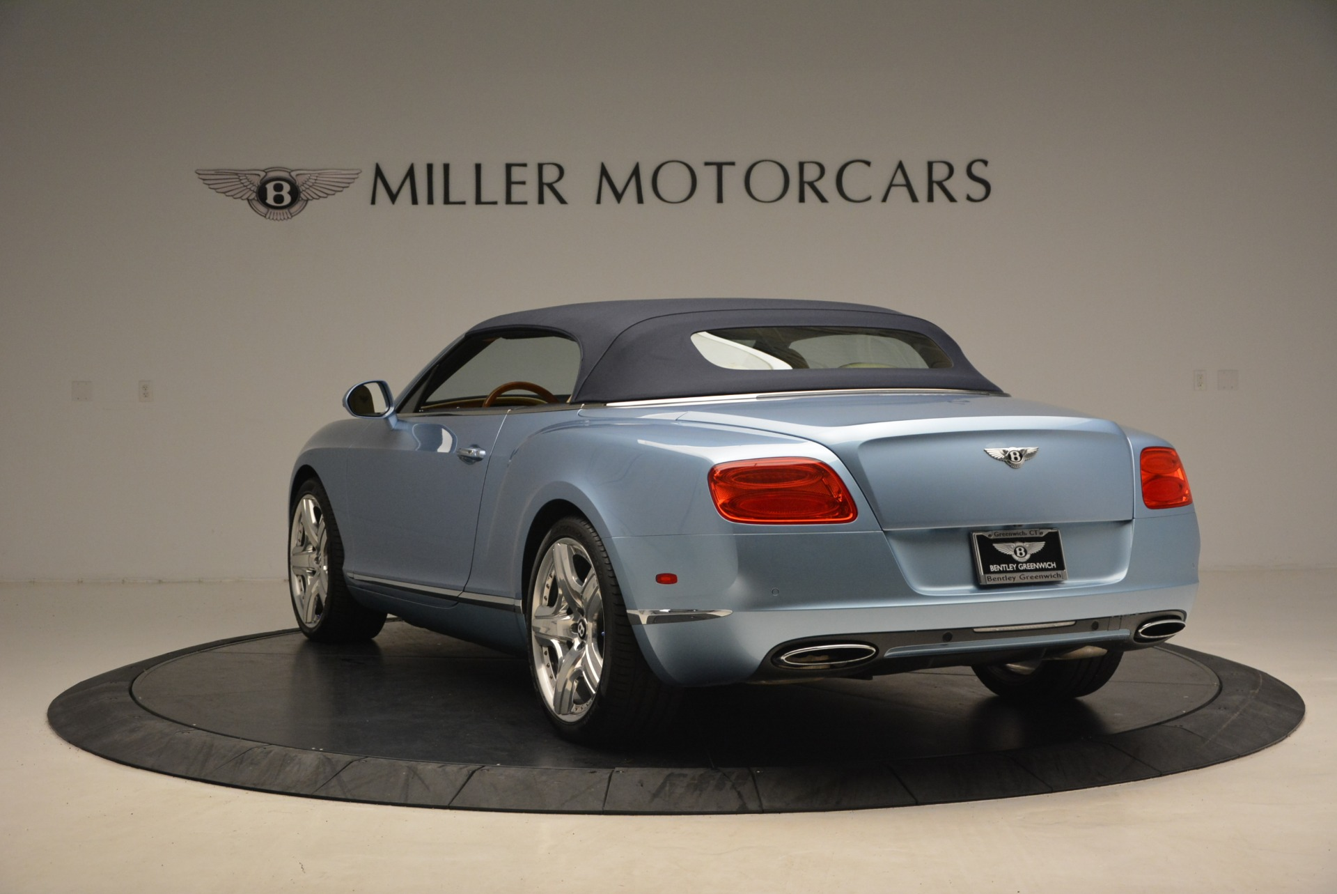 Used 2012 Bentley Continental GTC W12 For Sale In Westport, CT 1475_p17