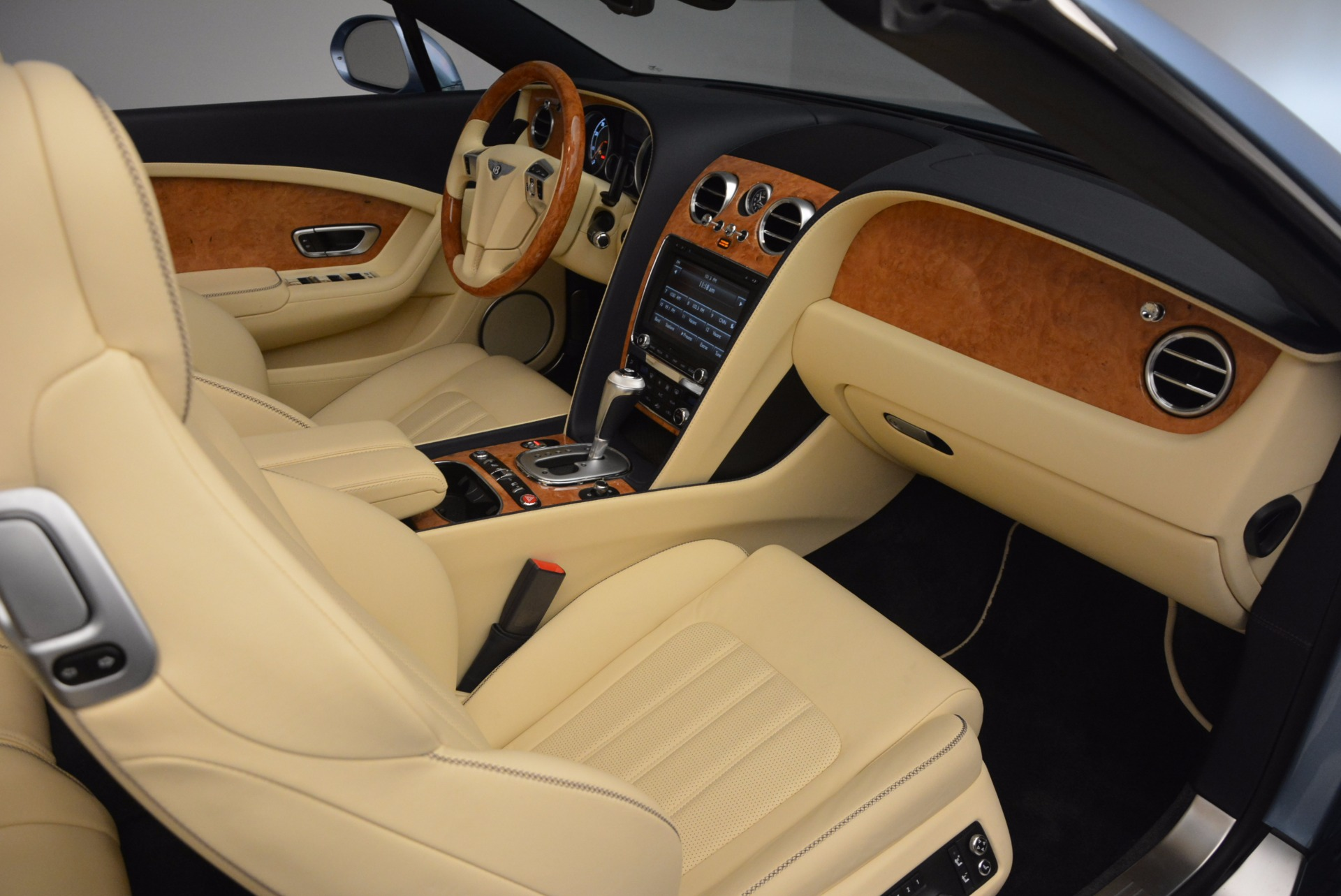 Used 2012 Bentley Continental GTC W12 For Sale In Westport, CT 1475_p43