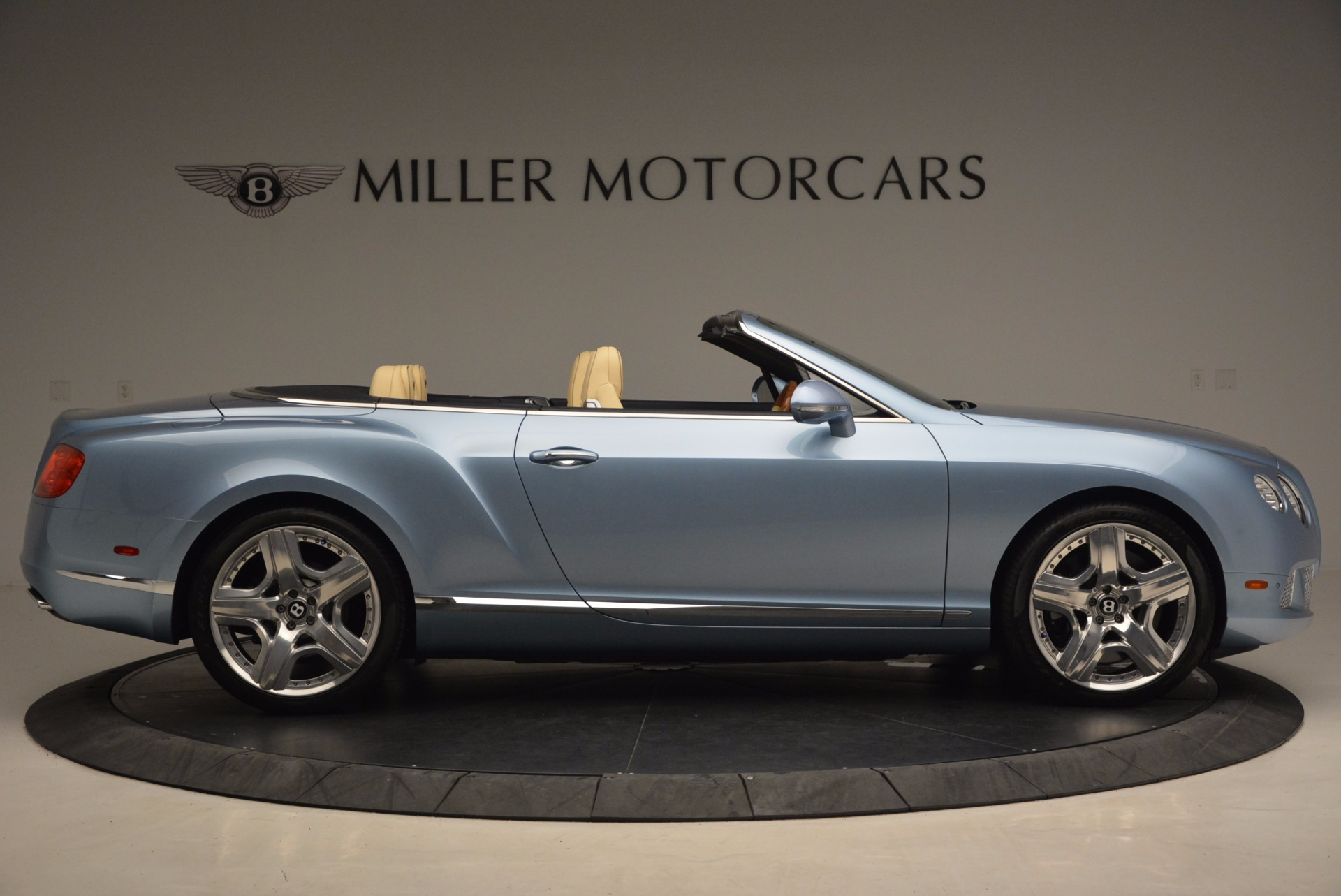 Used 2012 Bentley Continental GTC W12 For Sale In Westport, CT 1475_p9