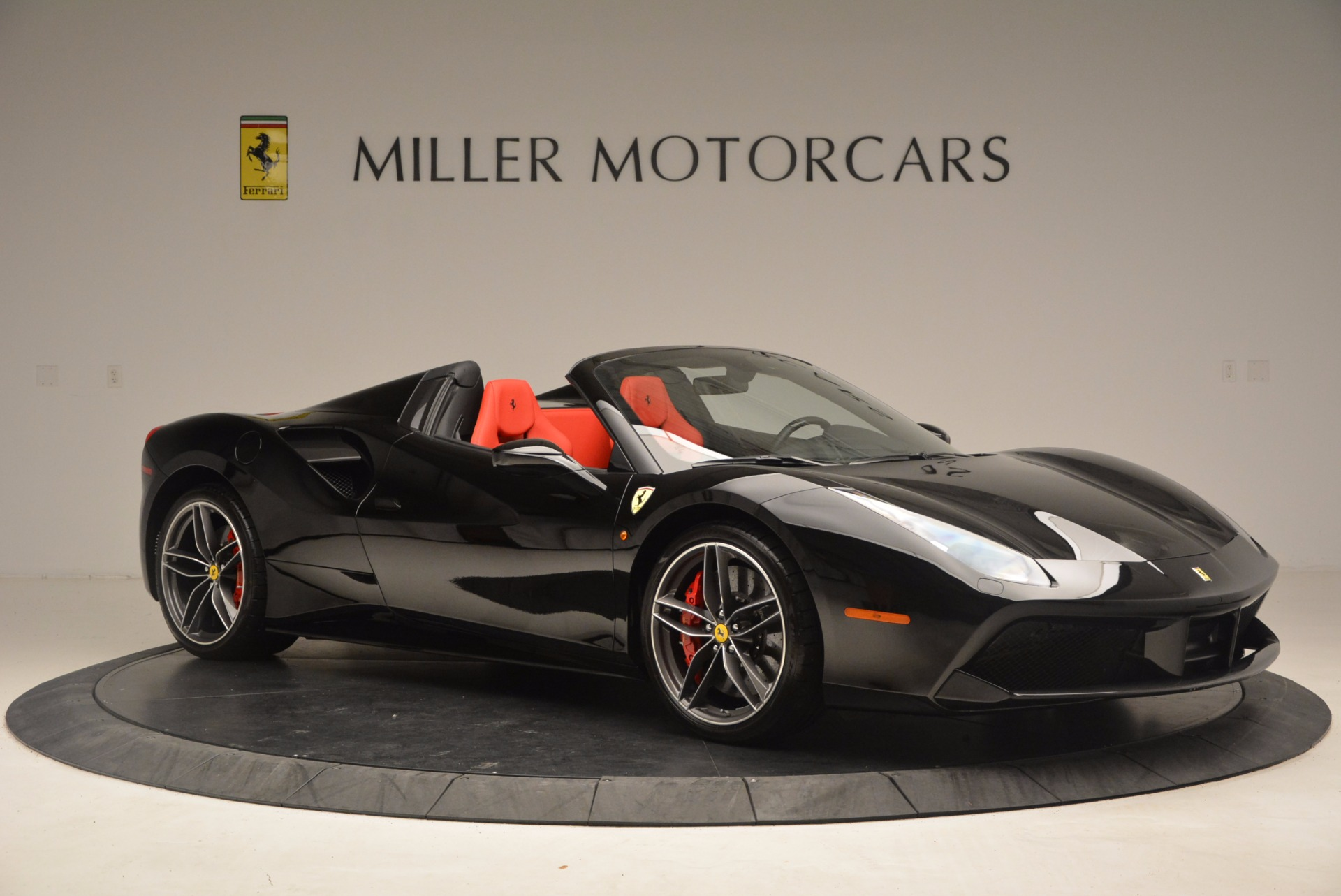Used 2017 Ferrari 488 Spider  For Sale In Westport, CT 1479_p10