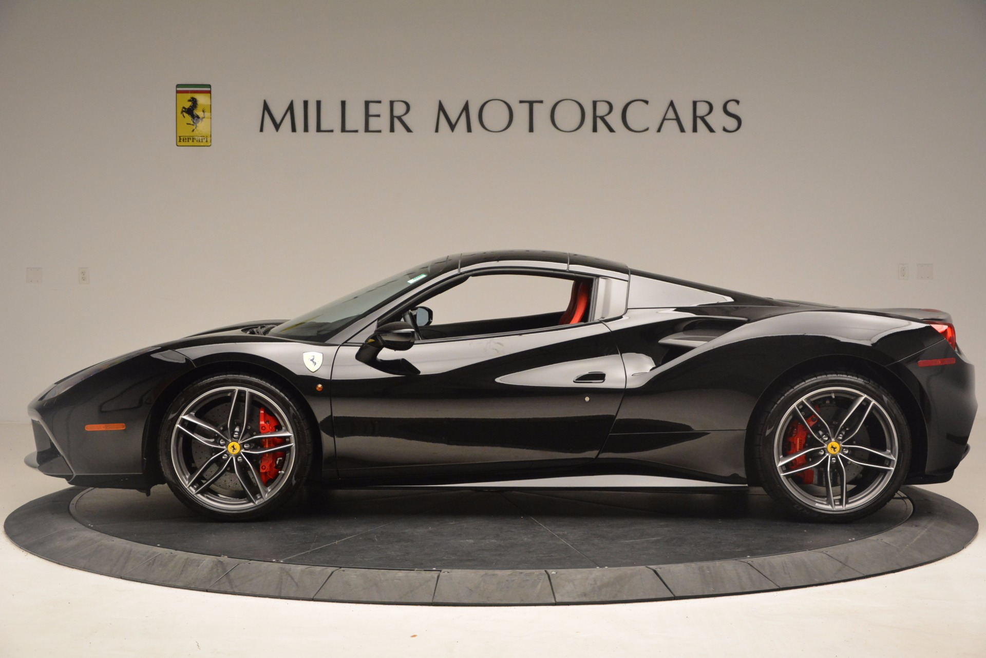 Used 2017 Ferrari 488 Spider  For Sale In Westport, CT 1479_p15