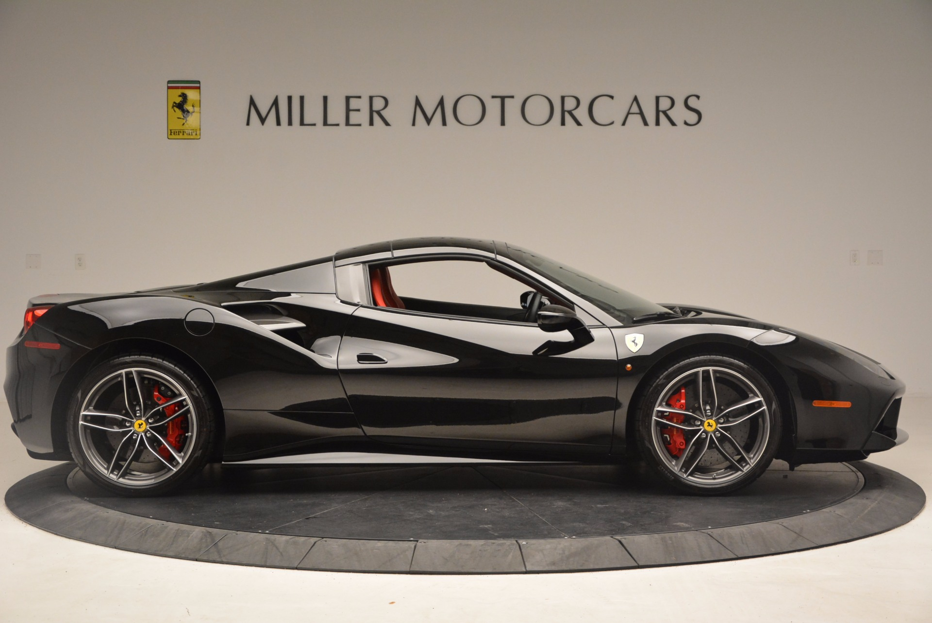 Used 2017 Ferrari 488 Spider  For Sale In Westport, CT 1479_p20