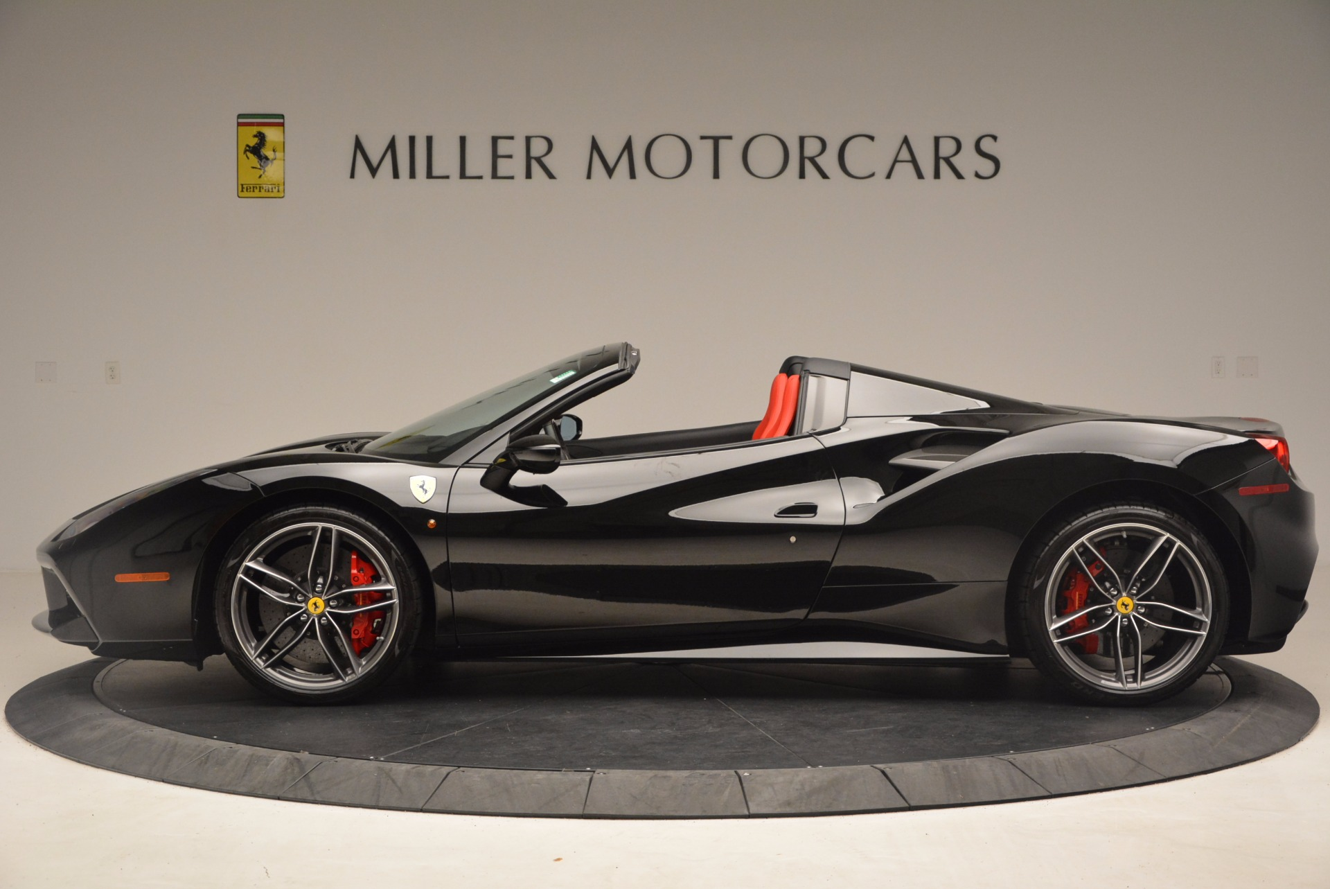 Used 2017 Ferrari 488 Spider  For Sale In Westport, CT 1479_p3
