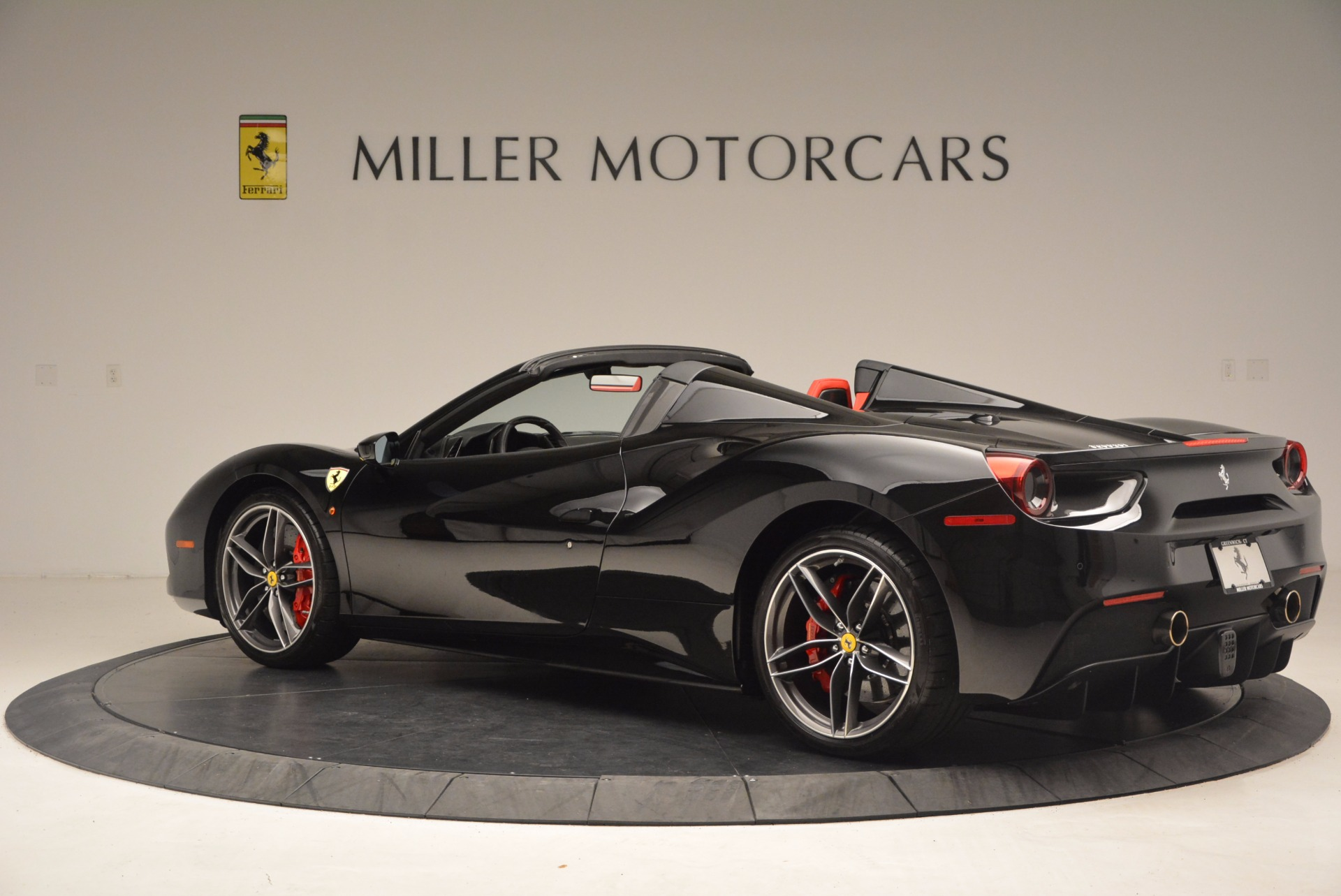 Used 2017 Ferrari 488 Spider  For Sale In Westport, CT 1479_p4