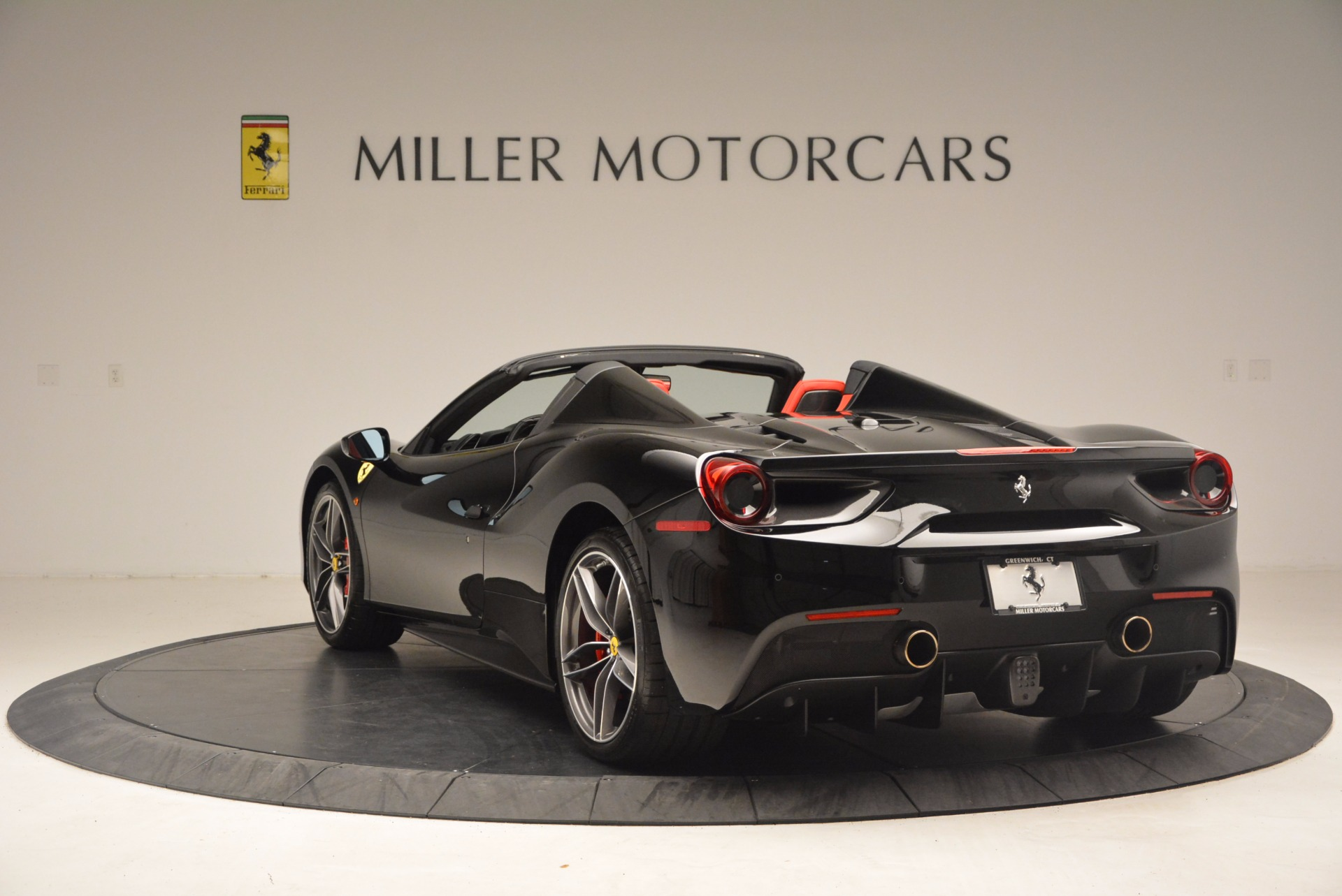 Used 2017 Ferrari 488 Spider  For Sale In Westport, CT 1479_p5