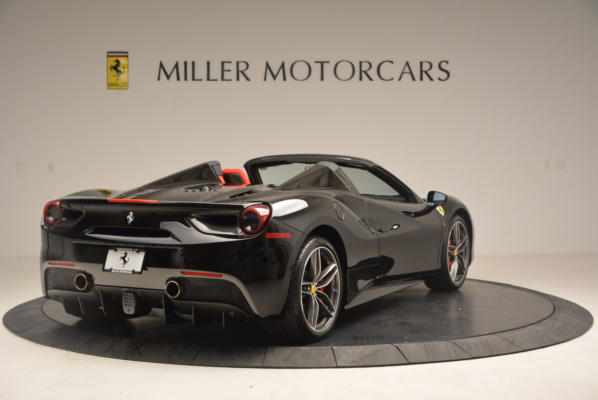 Used 2017 Ferrari 488 Spider  For Sale In Westport, CT 1479_p7
