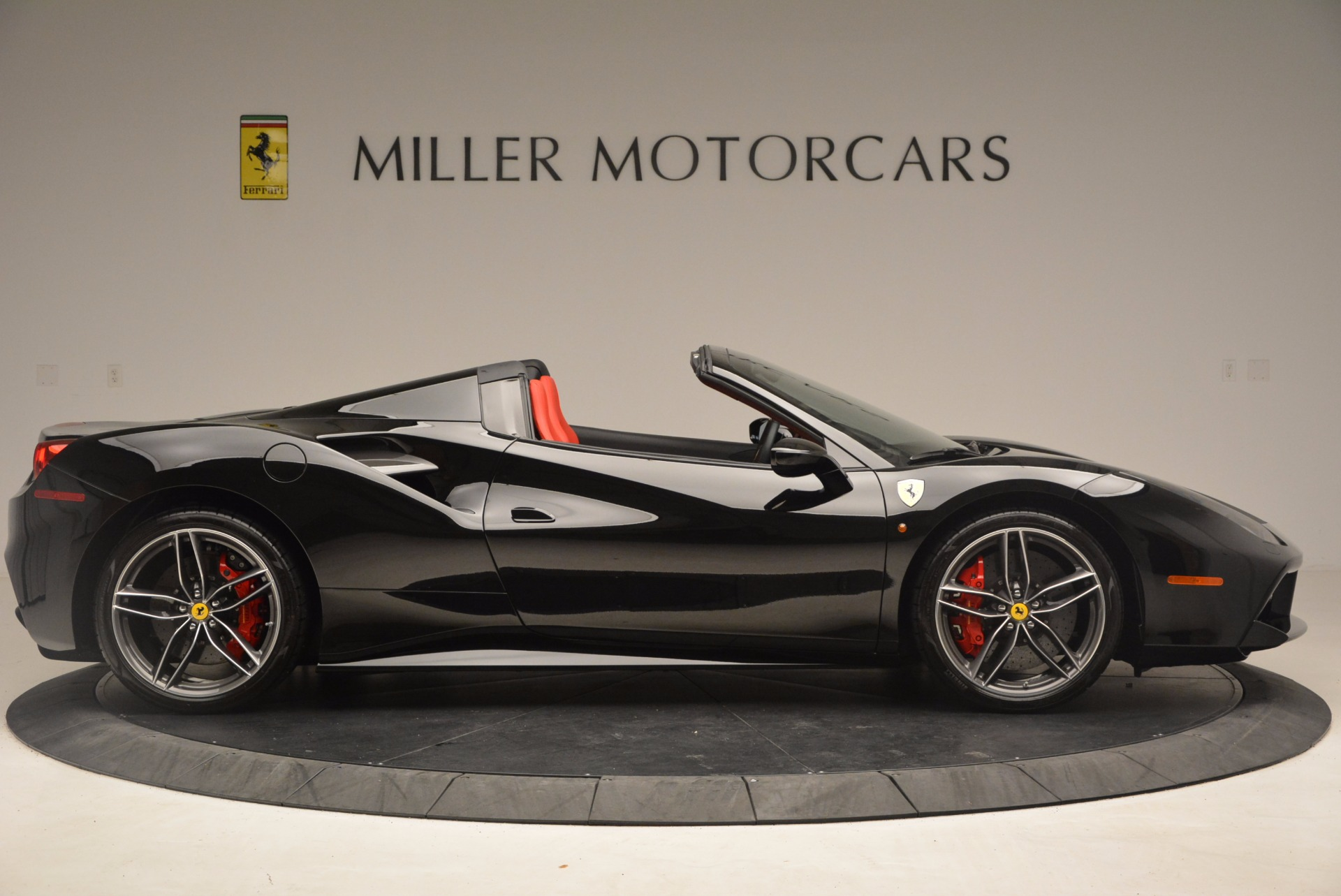 Used 2017 Ferrari 488 Spider  For Sale In Westport, CT 1479_p9