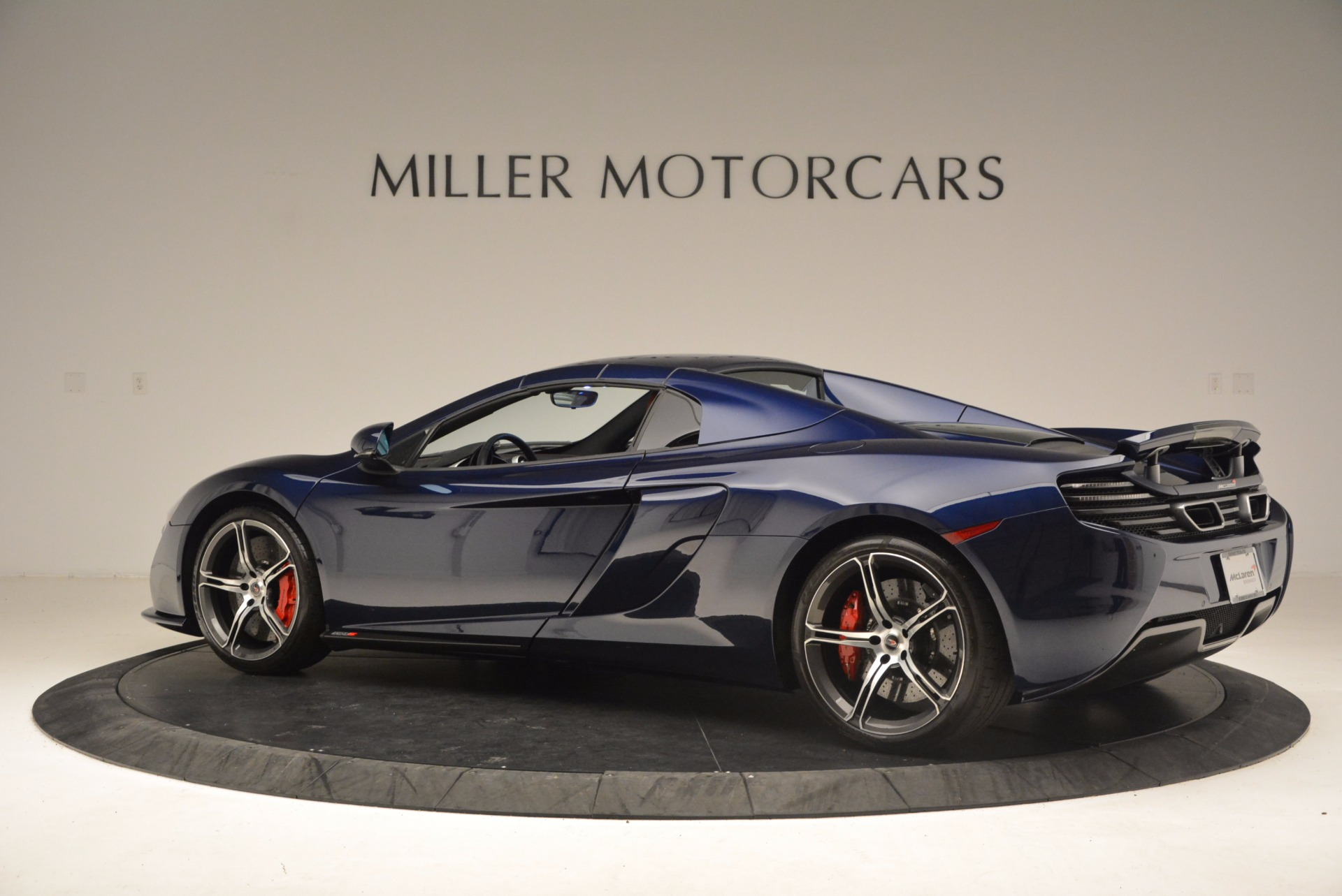 Used 2015 McLaren 650S Spider  For Sale In Westport, CT 1480_p17