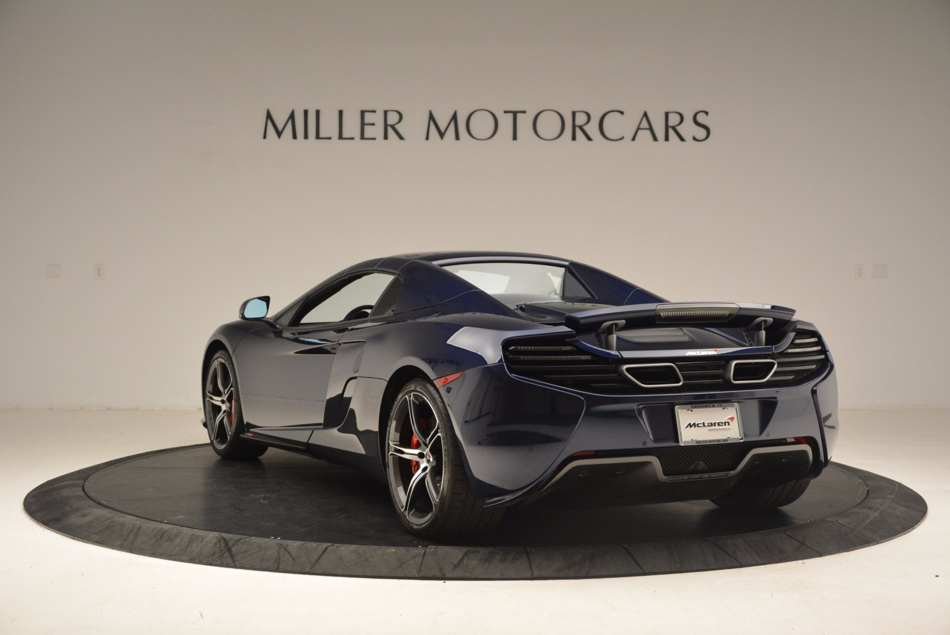 Used 2015 McLaren 650S Spider  For Sale In Westport, CT 1480_p18