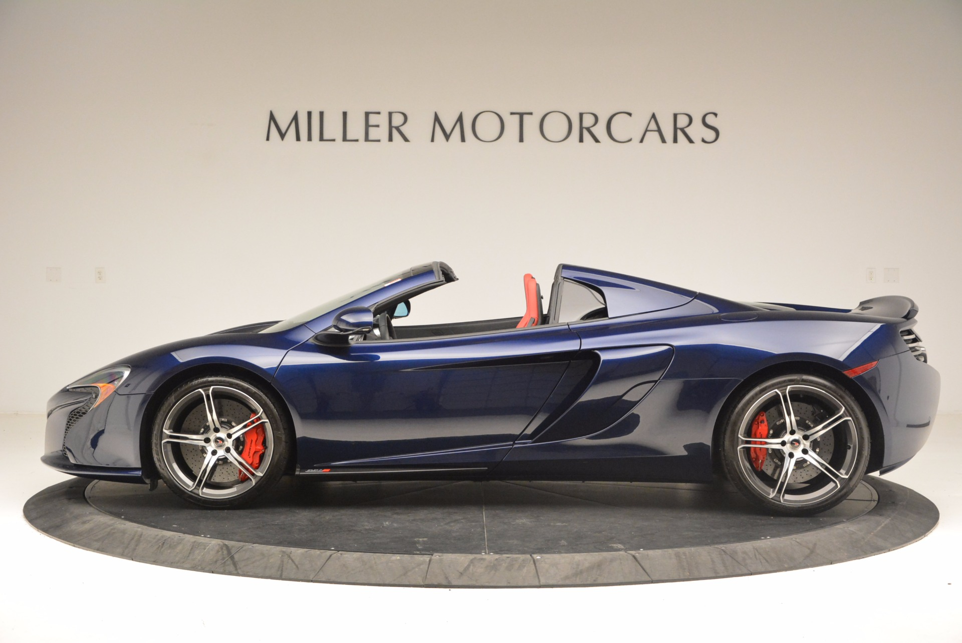 Used 2015 McLaren 650S Spider  For Sale In Westport, CT 1480_p3