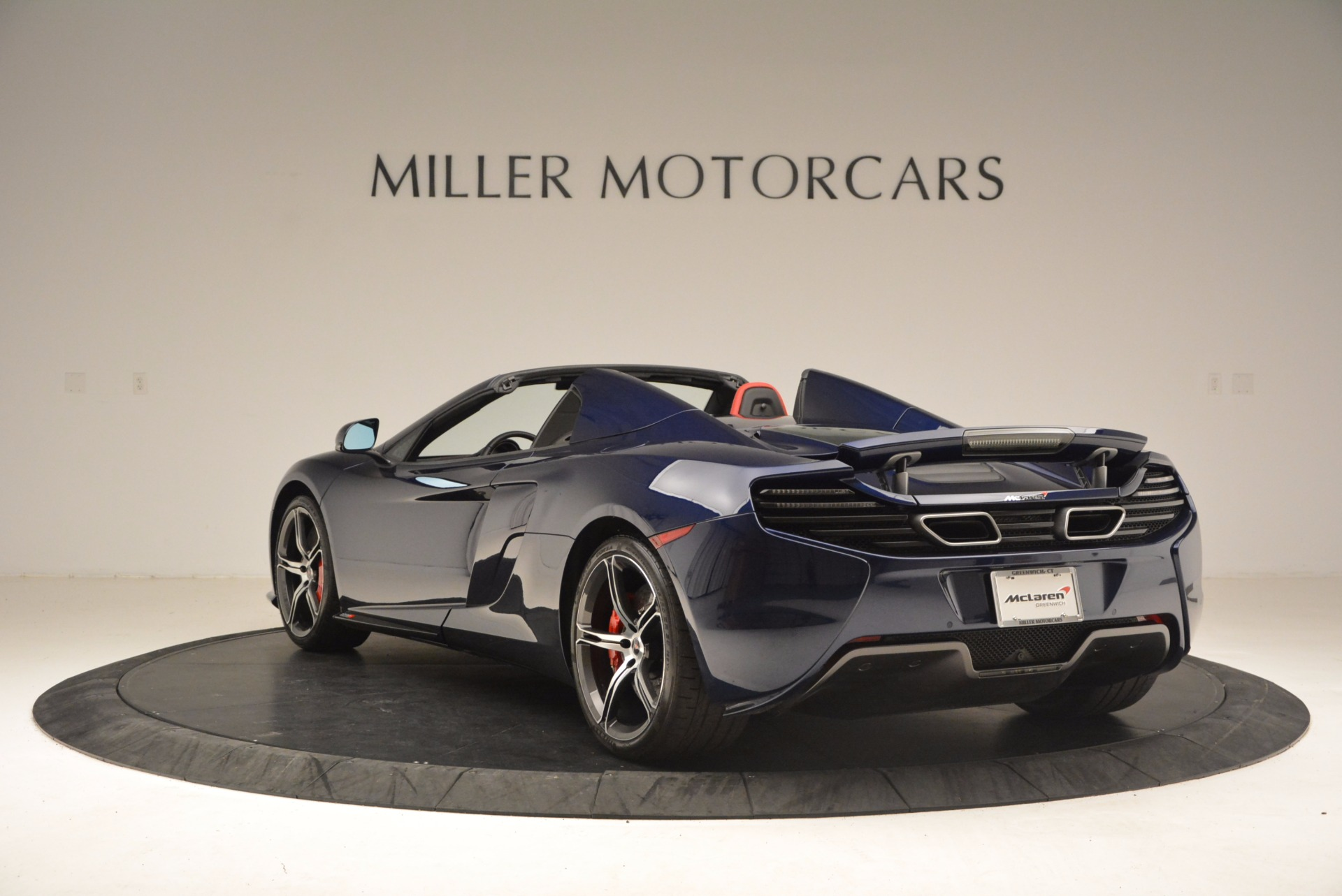 Used 2015 McLaren 650S Spider  For Sale In Westport, CT 1480_p5
