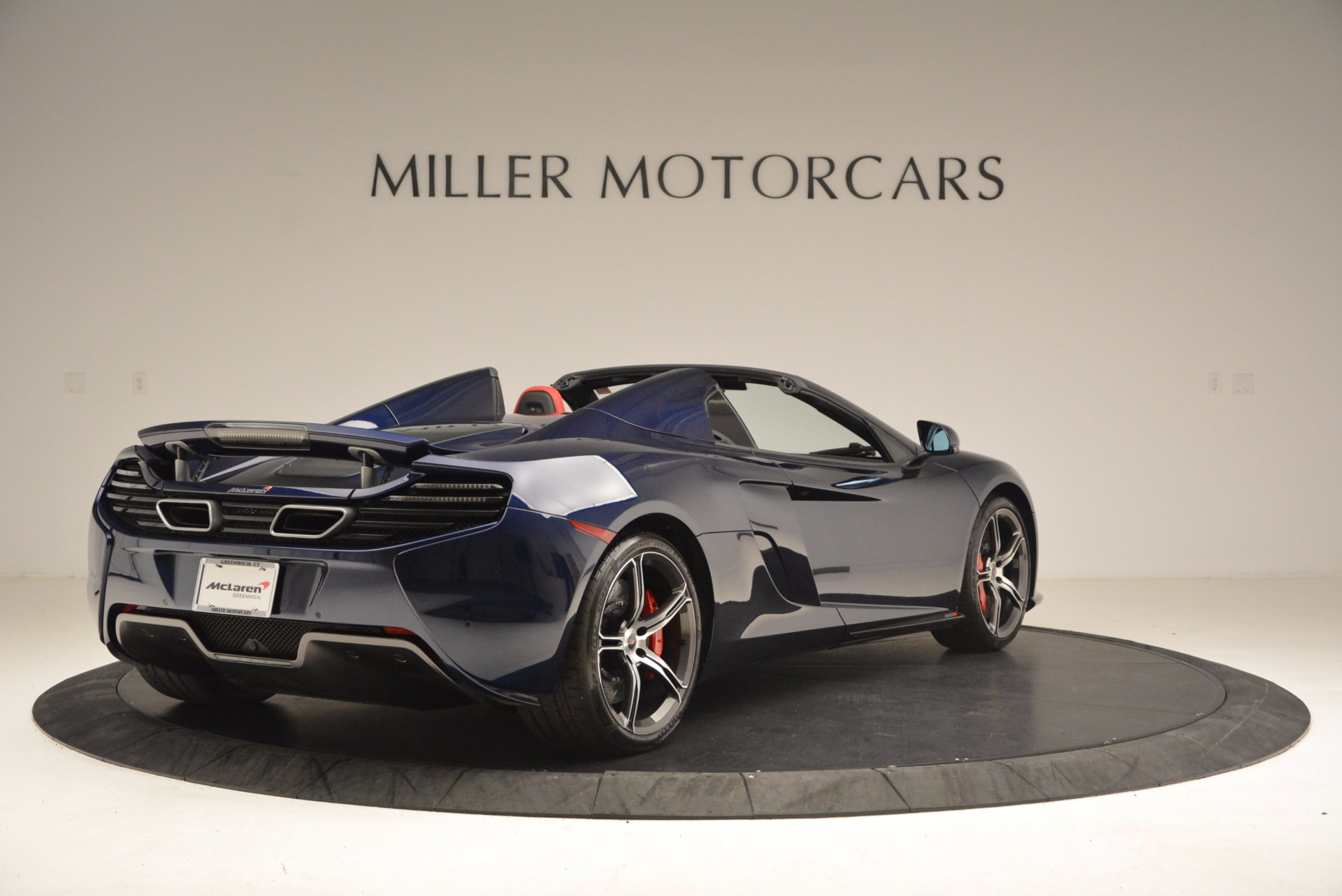 Used 2015 McLaren 650S Spider  For Sale In Westport, CT 1480_p7