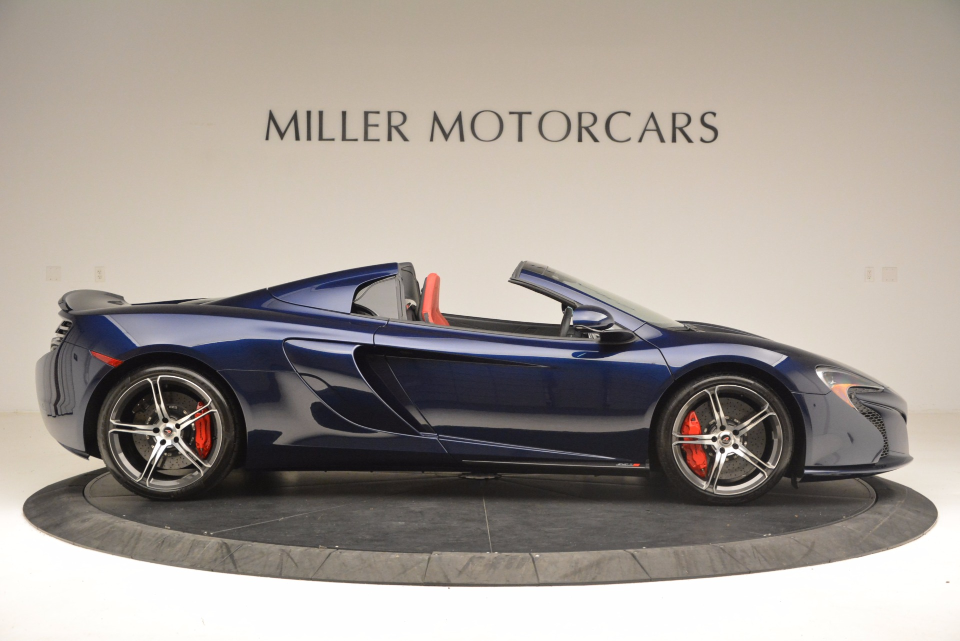 Used 2015 McLaren 650S Spider  For Sale In Westport, CT 1480_p9