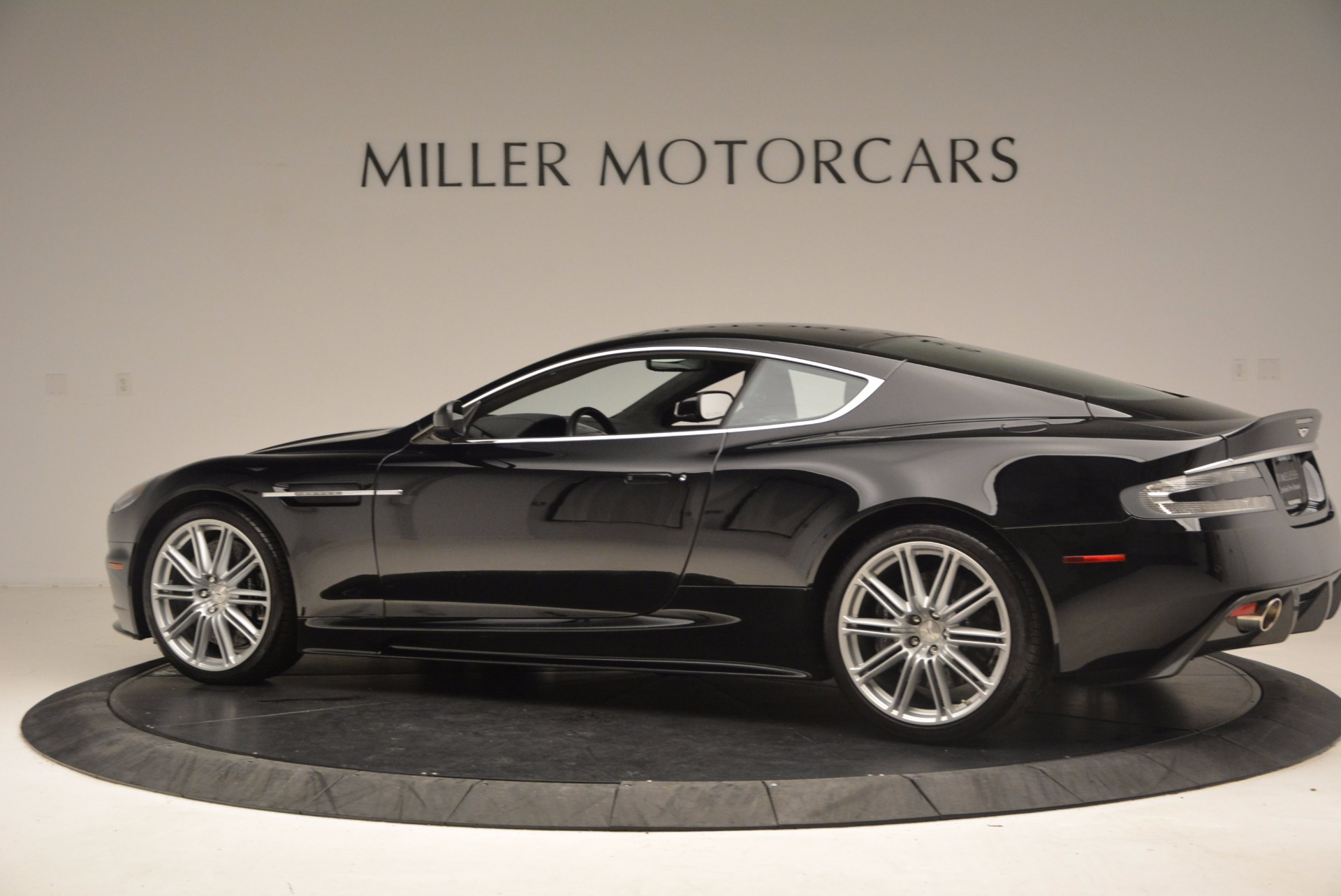 Used 2009 Aston Martin DBS  For Sale In Westport, CT 1485_p4
