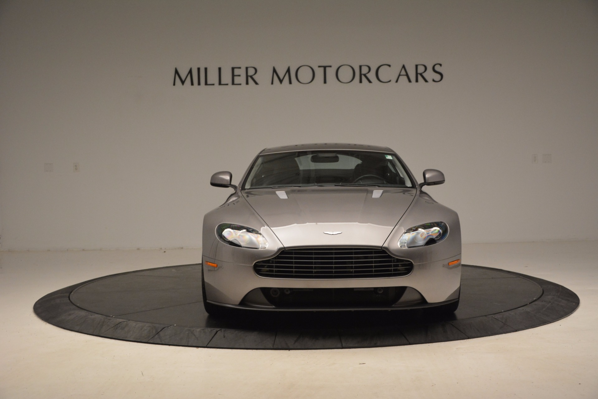 Used 2012 Aston Martin V8 Vantage  For Sale In Westport, CT 1497_p12