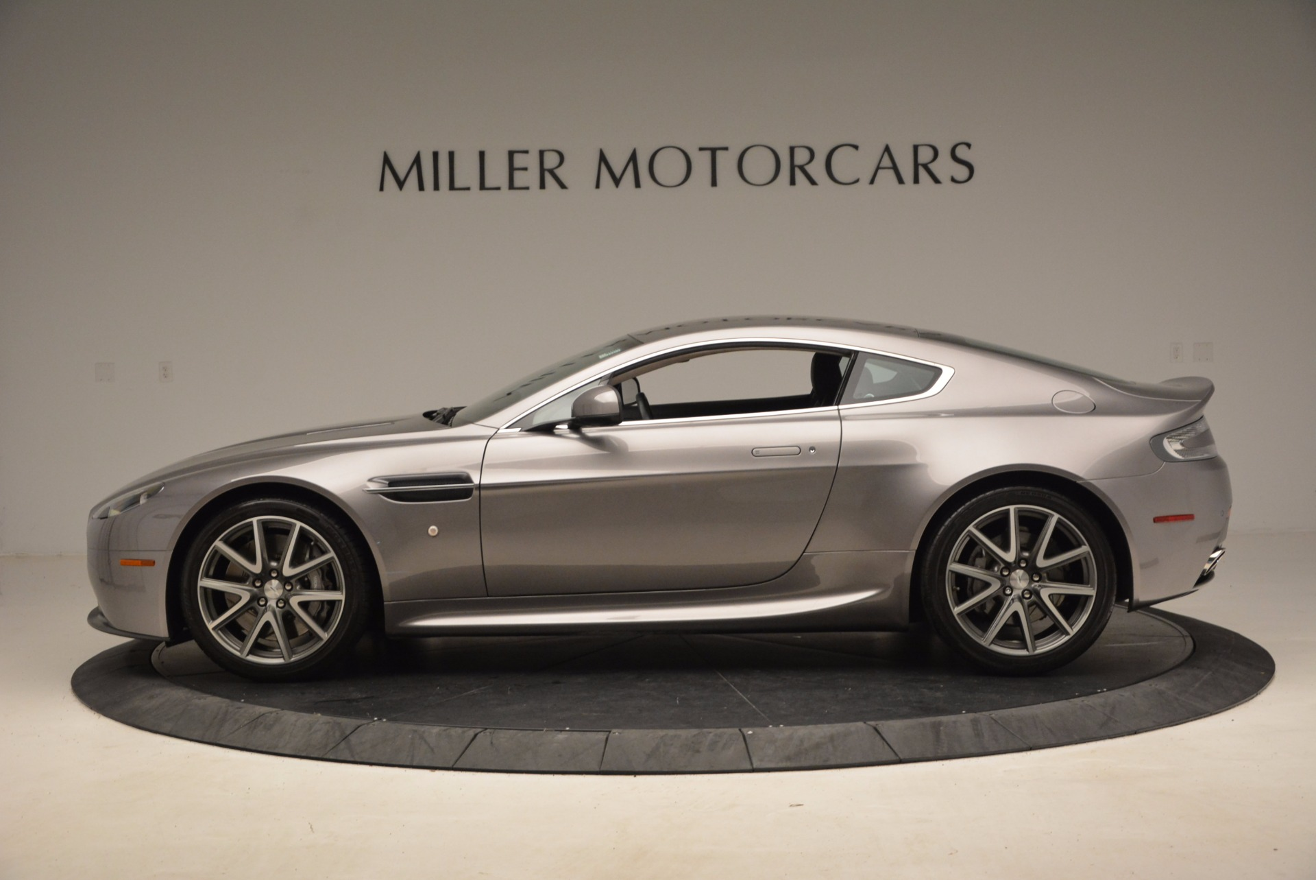 Used 2012 Aston Martin V8 Vantage  For Sale In Westport, CT 1497_p3