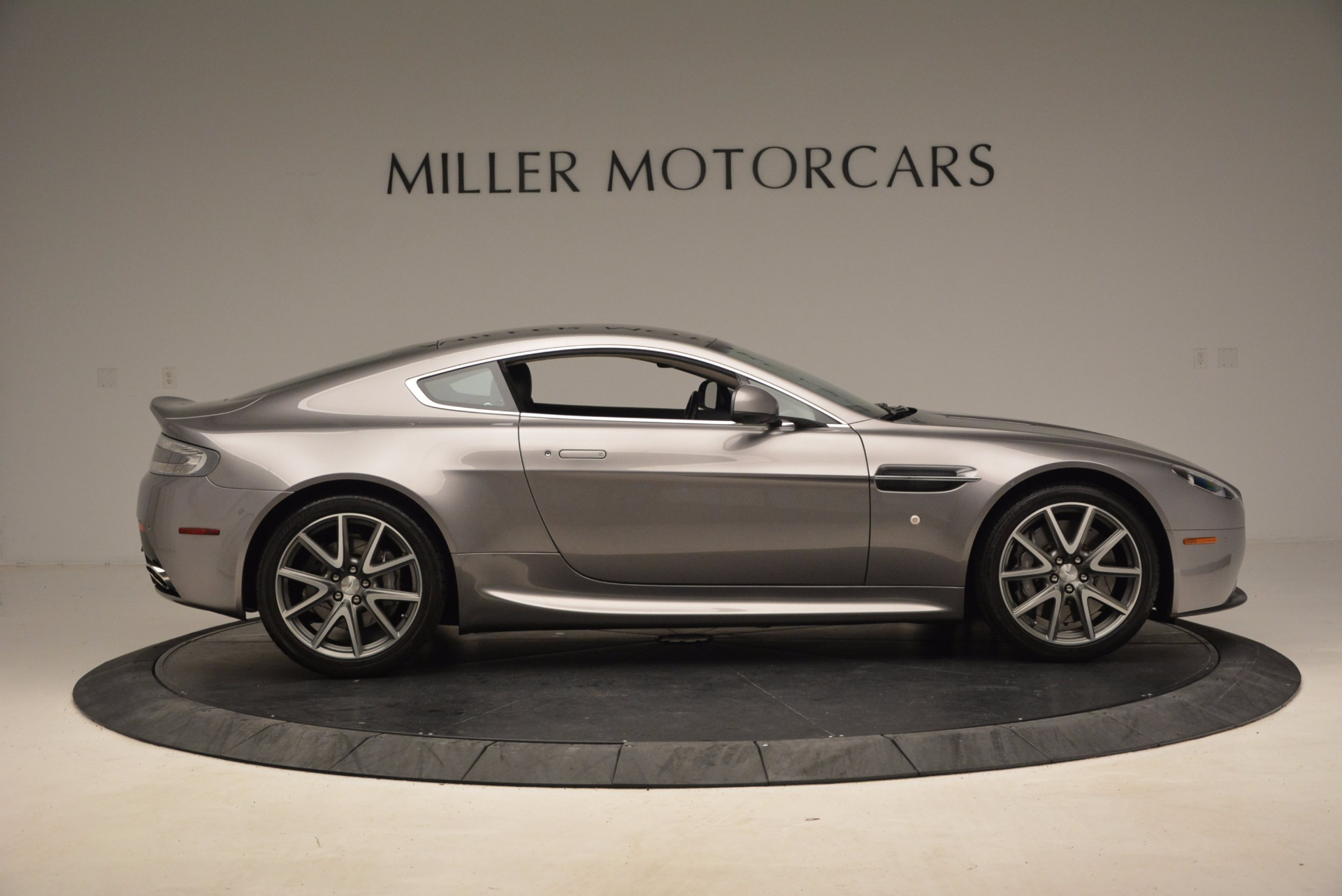 Used 2012 Aston Martin V8 Vantage  For Sale In Westport, CT 1497_p9