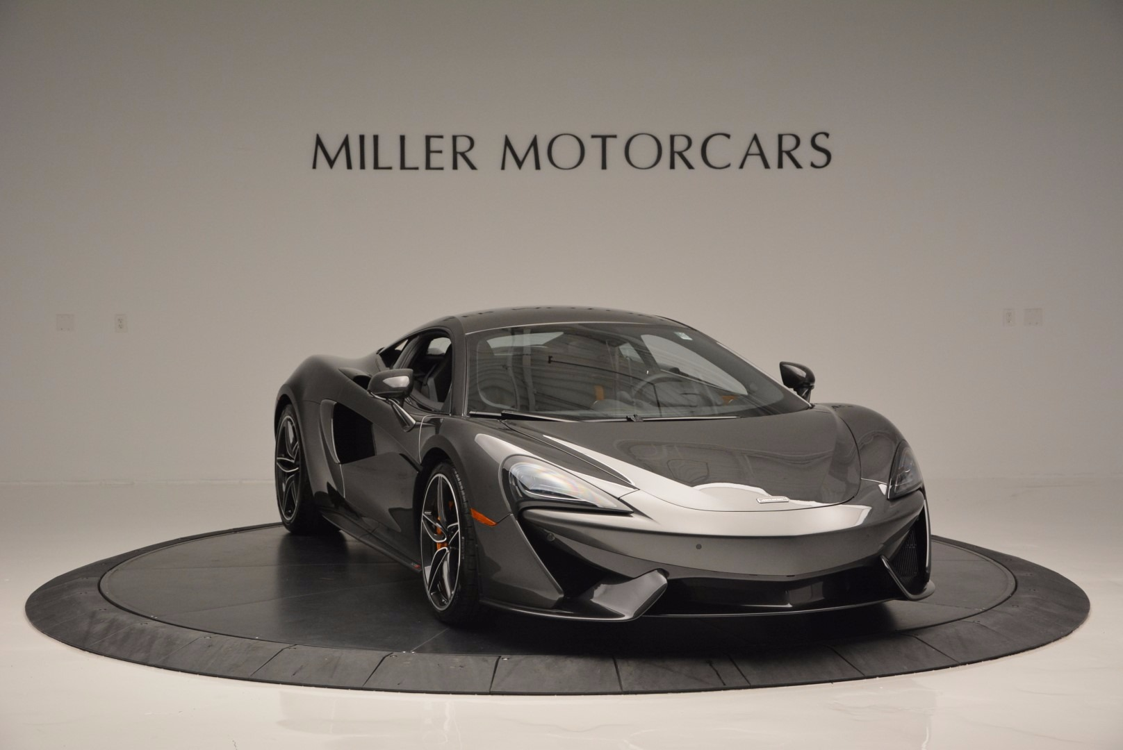 Used 2016 McLaren 570S  For Sale In Westport, CT 1498_p11