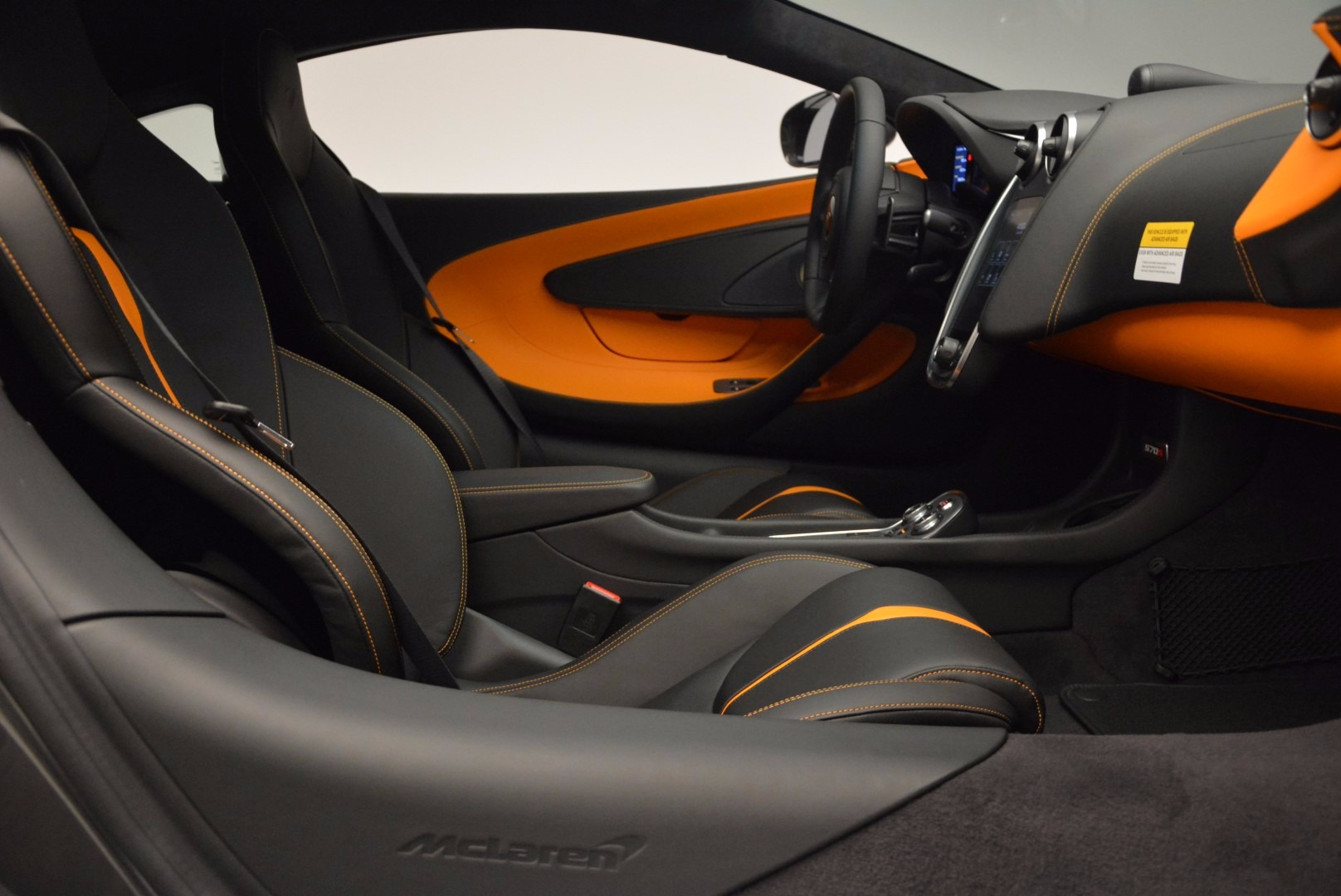 Used 2016 McLaren 570S  For Sale In Westport, CT 1498_p19