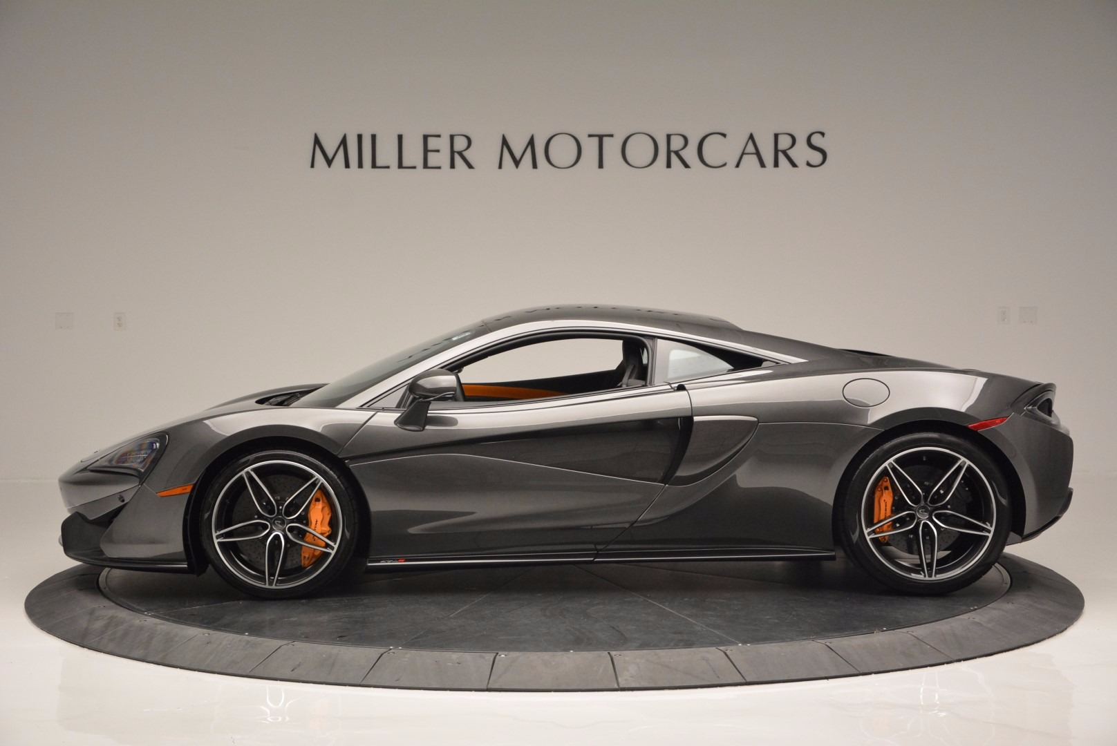 Used 2016 McLaren 570S  For Sale In Westport, CT 1498_p3