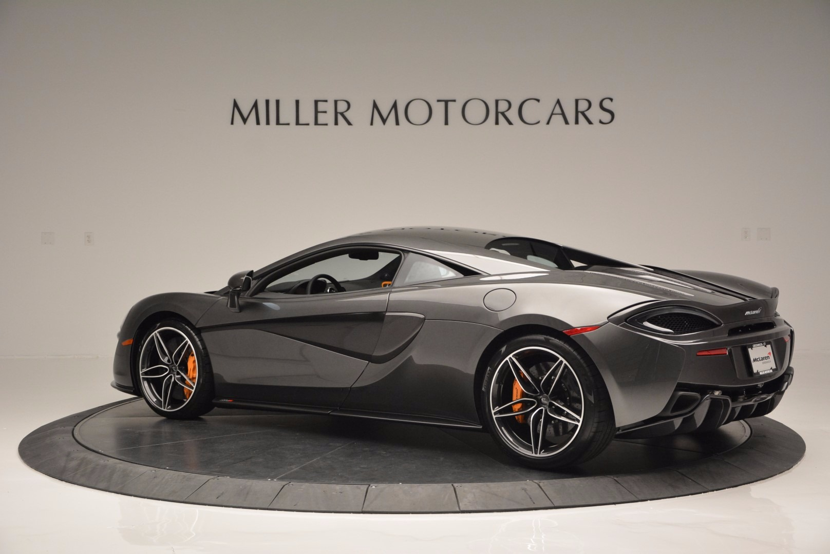 Used 2016 McLaren 570S  For Sale In Westport, CT 1498_p4