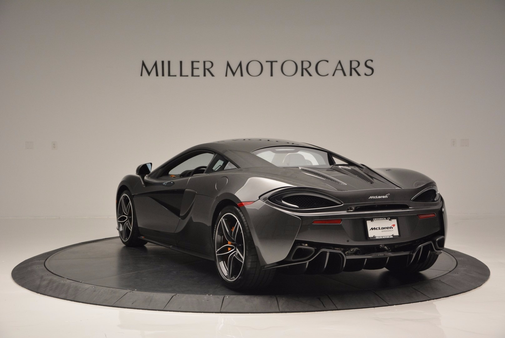 Used 2016 McLaren 570S  For Sale In Westport, CT 1498_p5