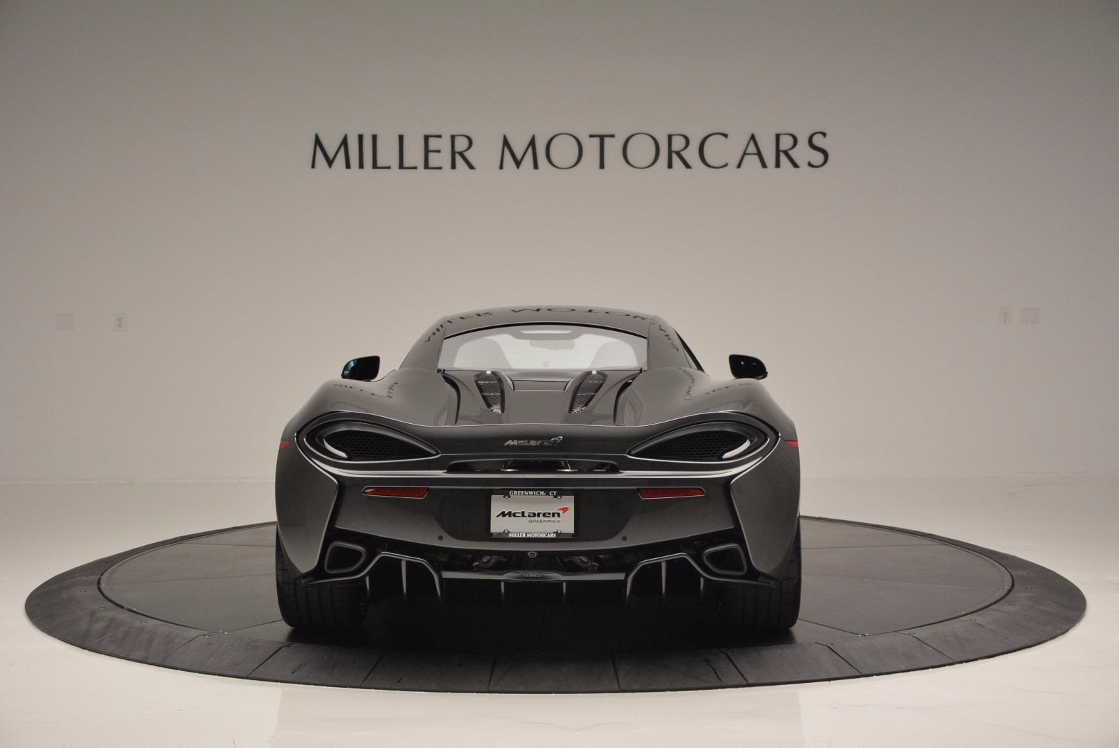 Used 2016 McLaren 570S  For Sale In Westport, CT 1498_p6